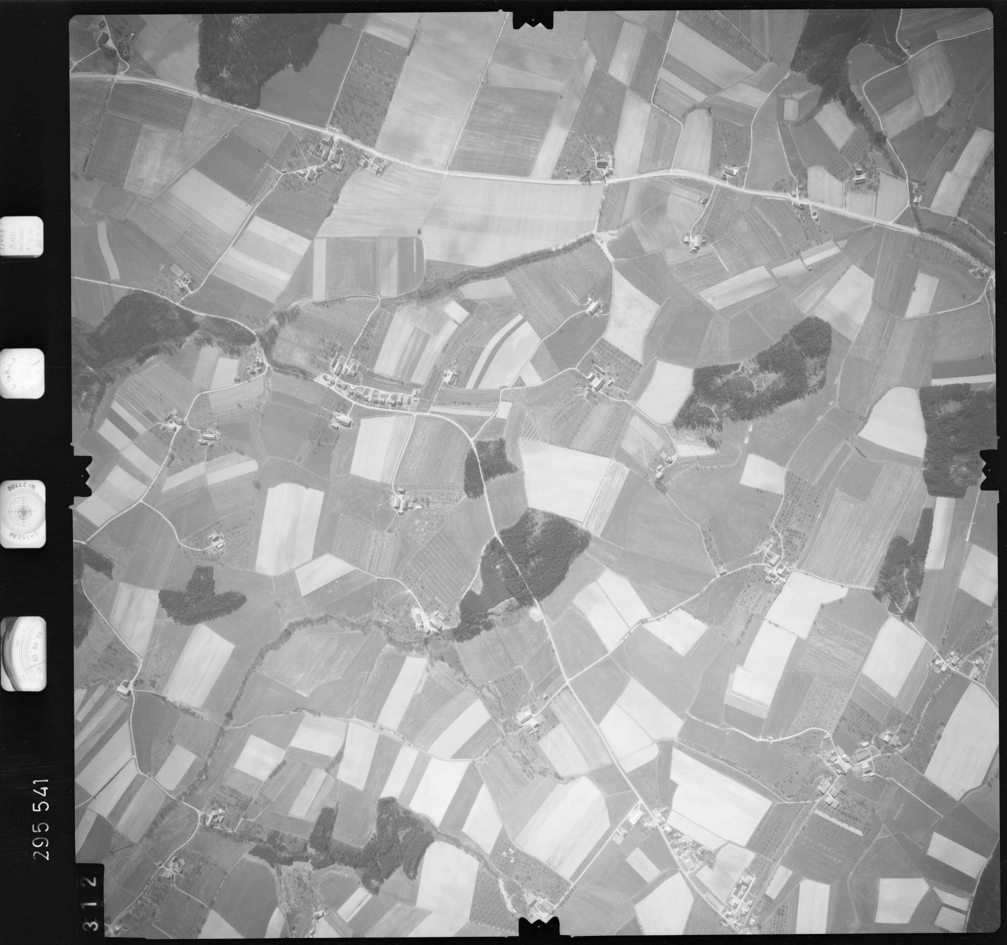 Luftbild: Film 69 Bildnr. 312, Bild 1
