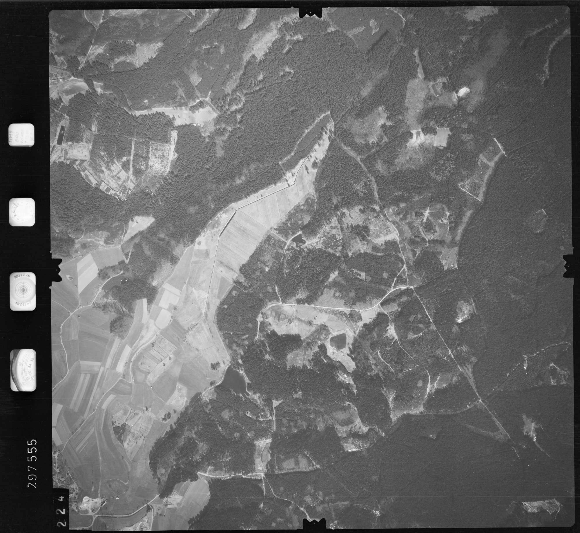 Luftbild: Film 66 Bildnr. 224, Bild 1