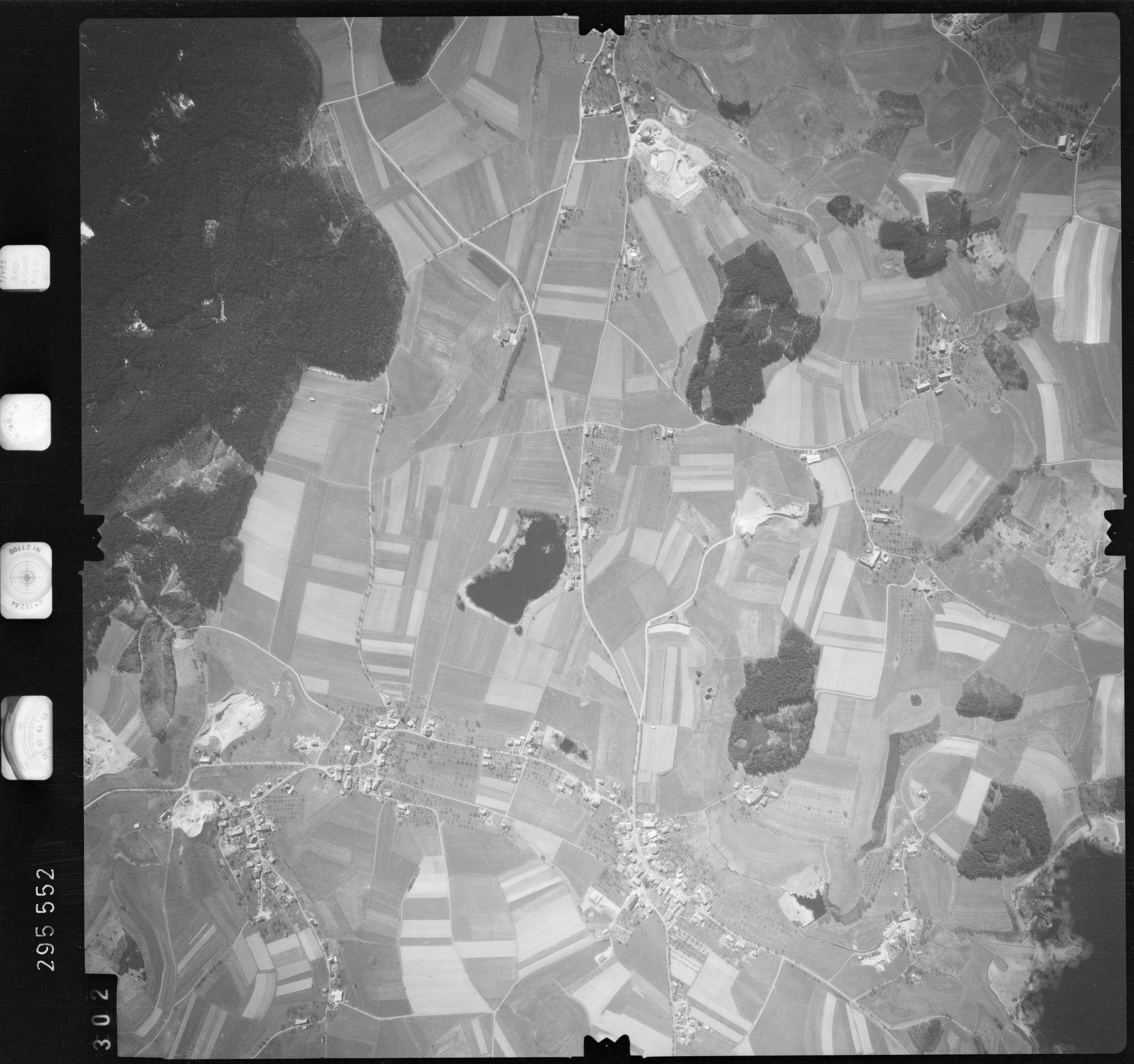 Luftbild: Film 69 Bildnr. 302, Bild 1