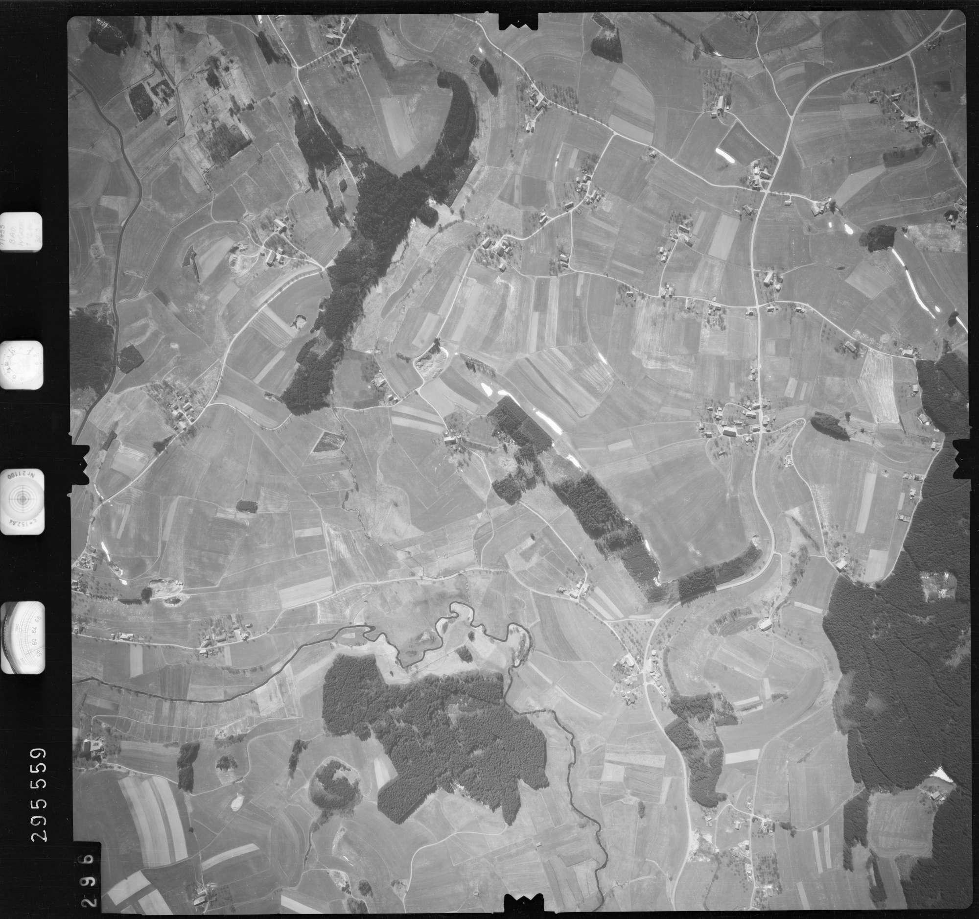 Luftbild: Film 69 Bildnr. 296, Bild 1