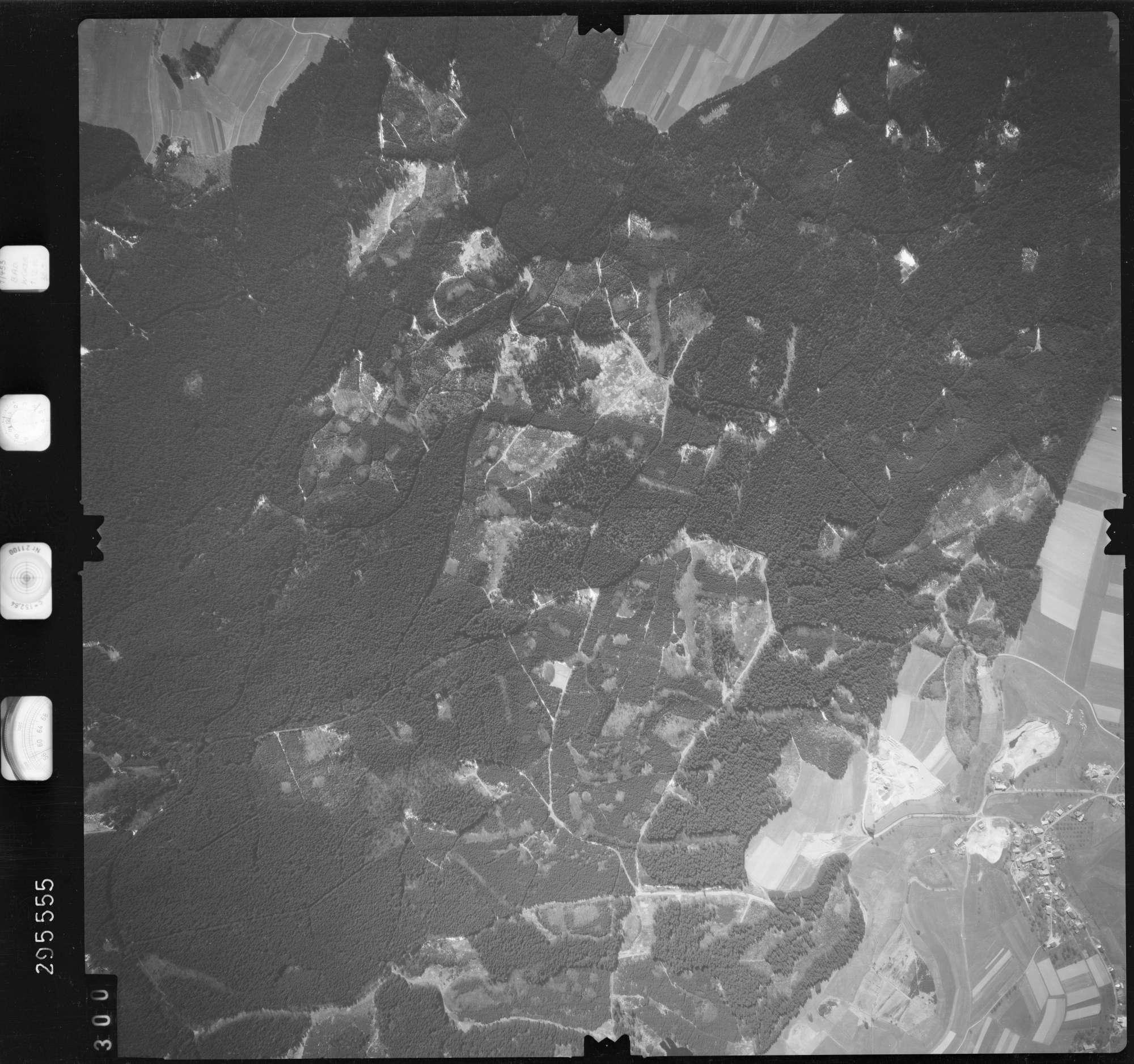 Luftbild: Film 69 Bildnr. 300, Bild 1