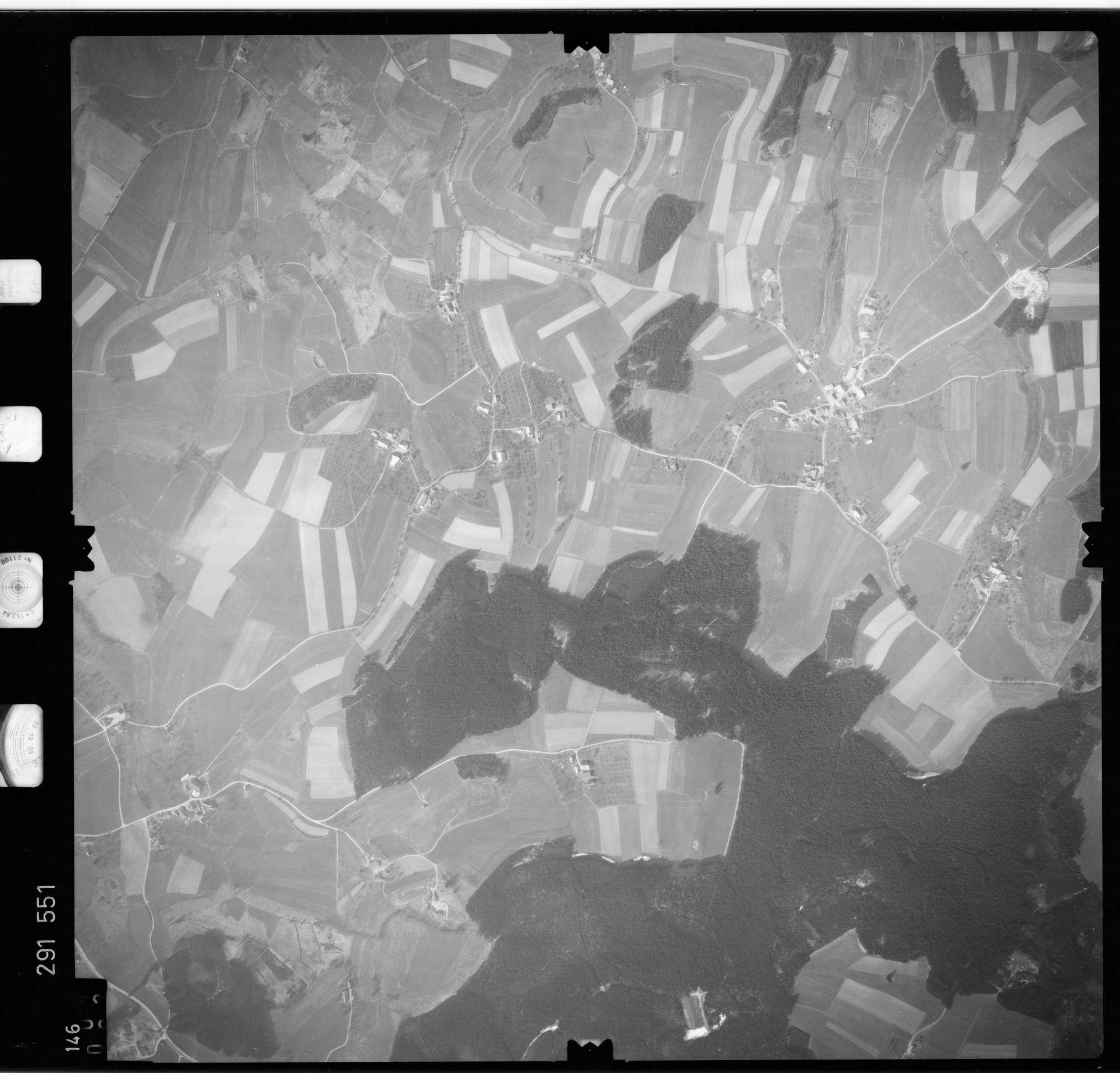 Luftbild: Film 74 Bildnr. 146, Bild 1