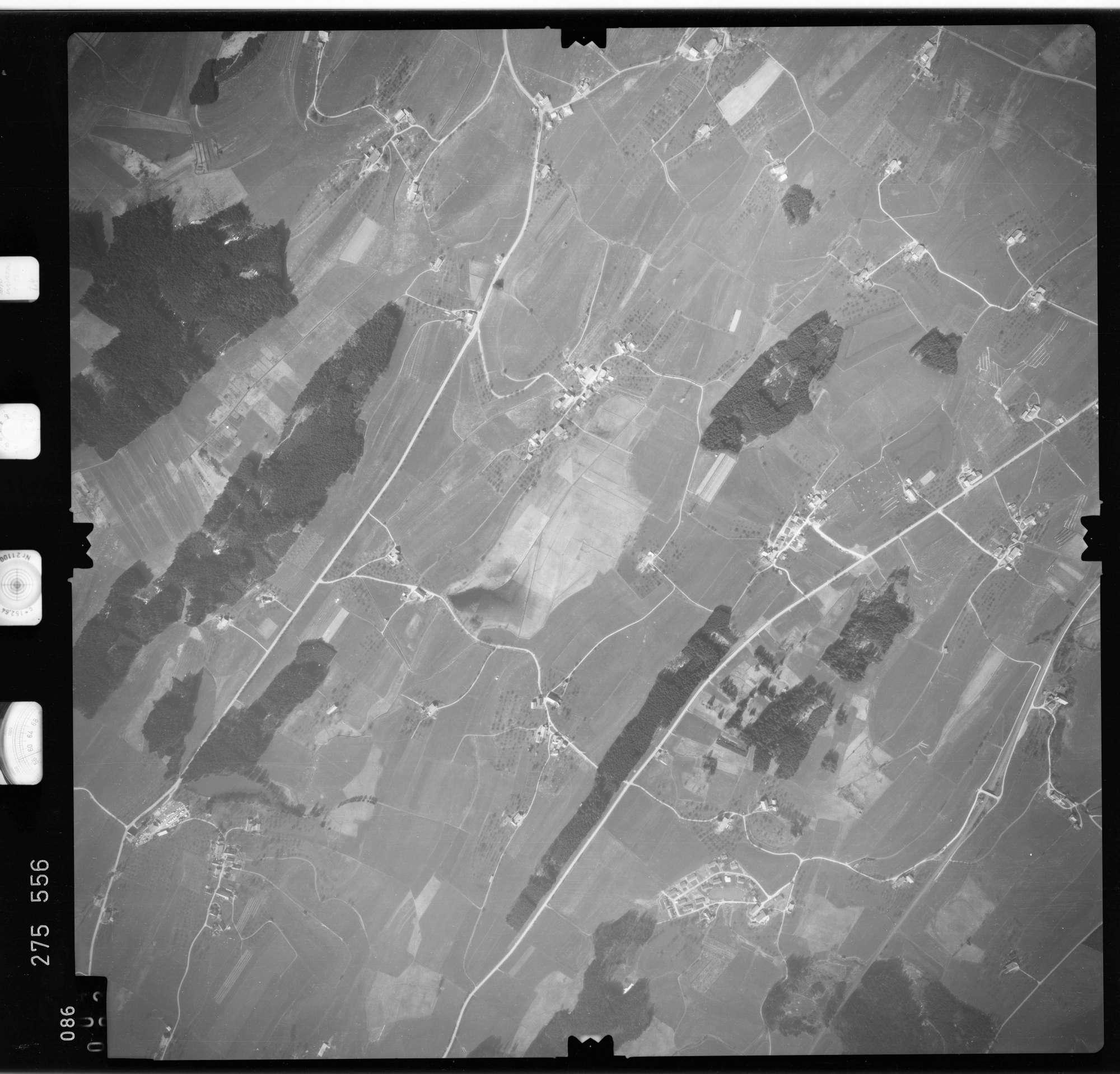 Luftbild: Film 74 Bildnr. 86, Bild 1