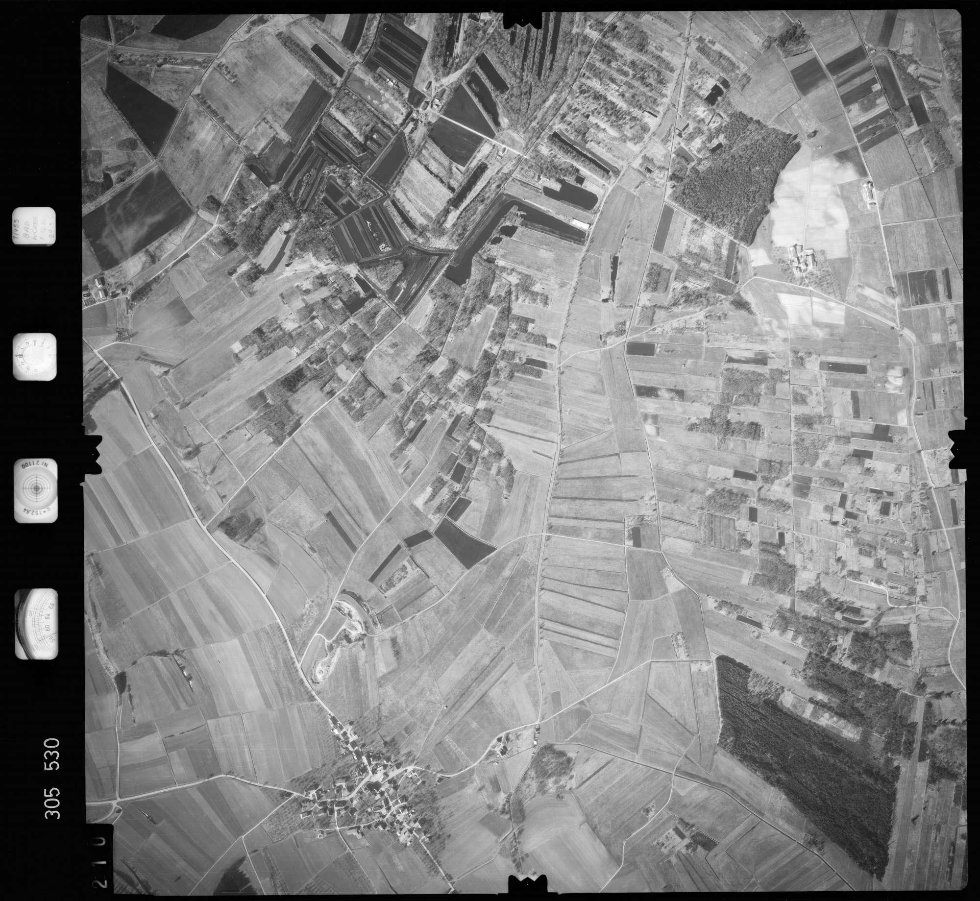 Luftbild: Film 61 Bildnr. 210, Bild 1