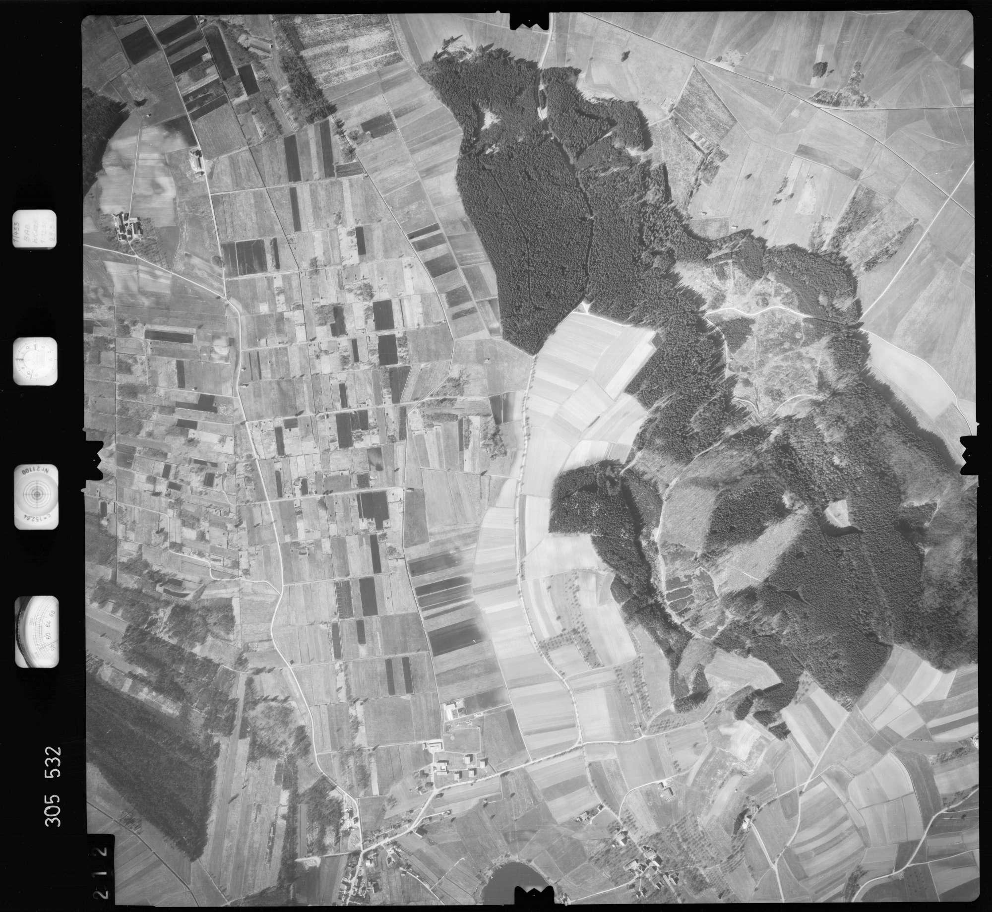 Luftbild: Film 61 Bildnr. 212, Bild 1