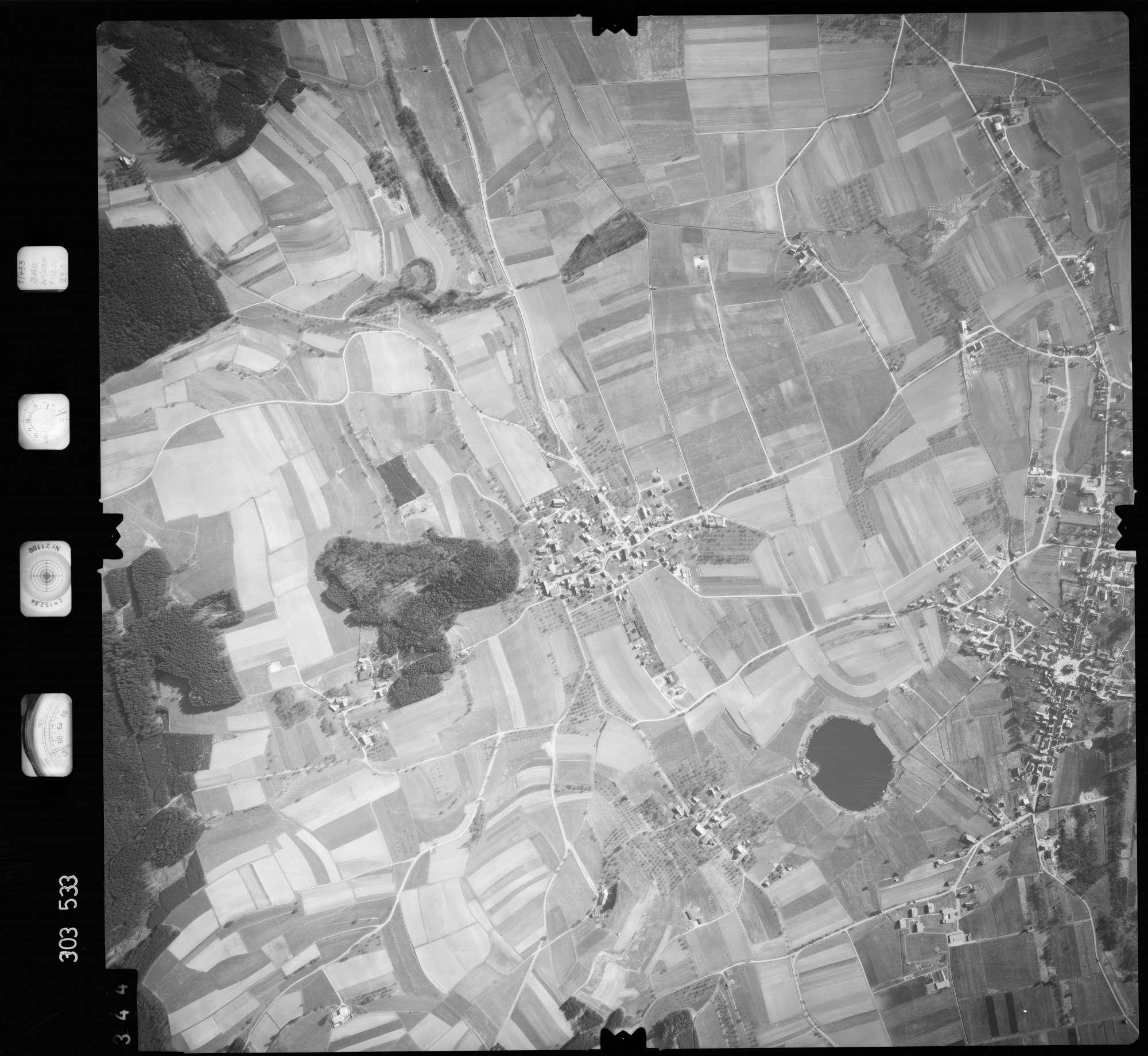 Luftbild: Film 64 Bildnr. 344, Bild 1