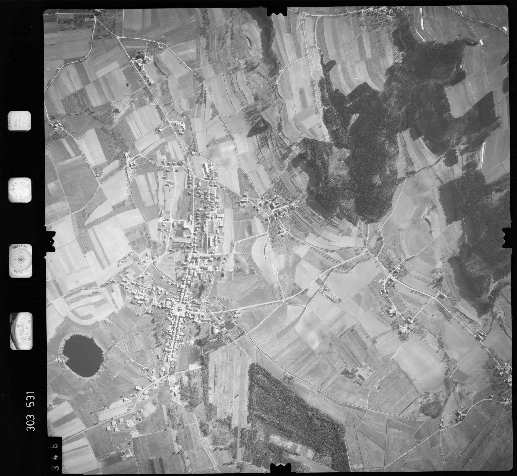 Luftbild: Film 64 Bildnr. 346, Bild 1