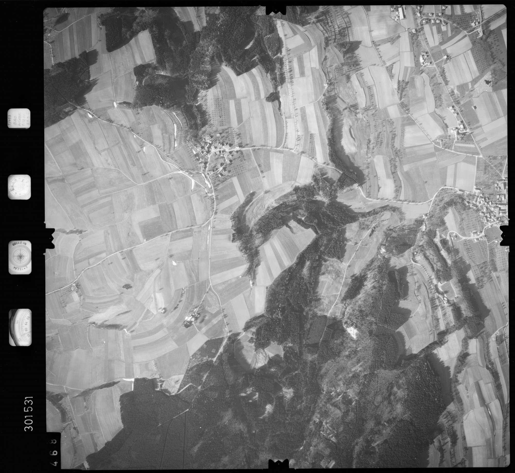 Luftbild: Film 64 Bildnr. 468, Bild 1