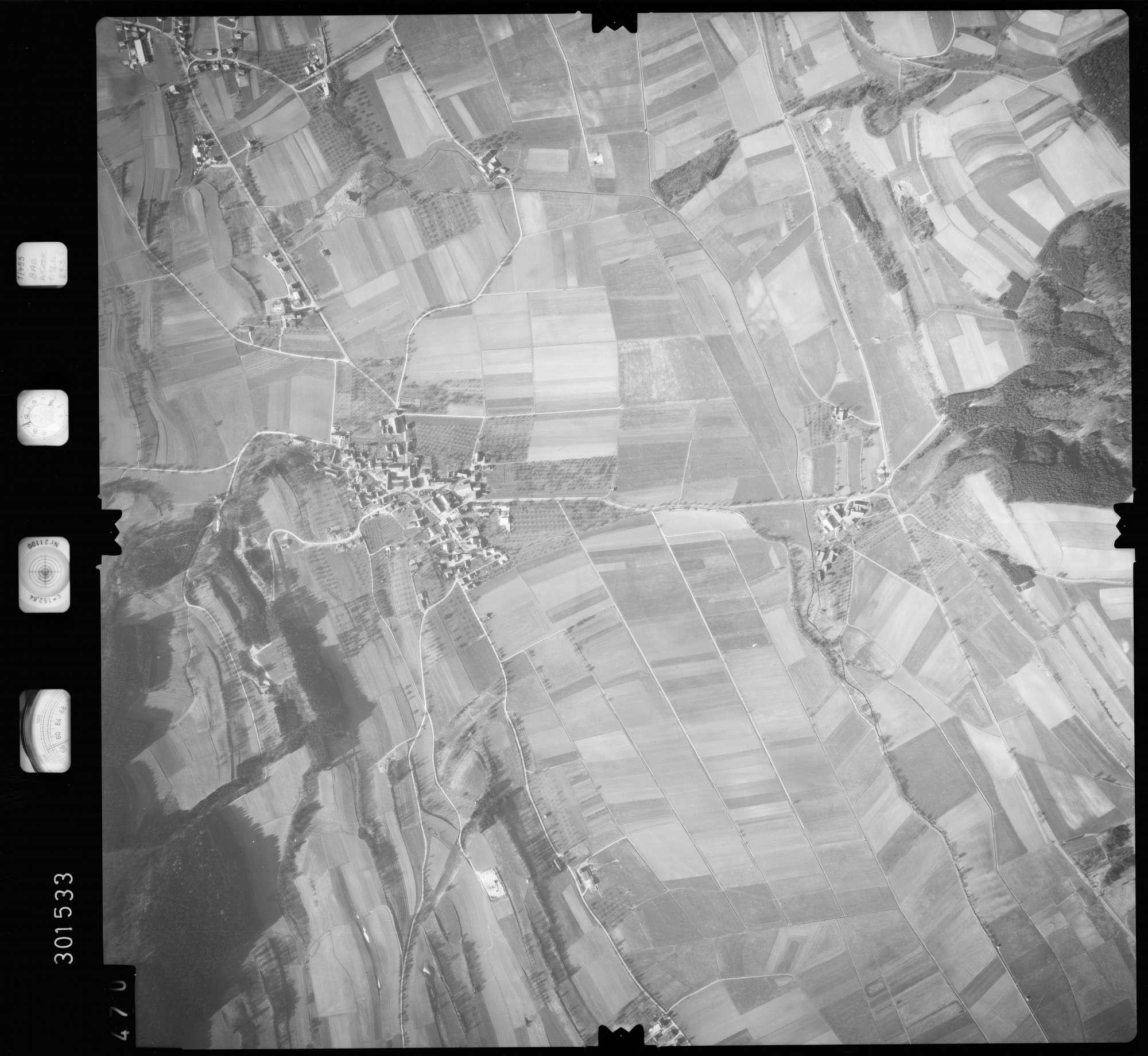 Luftbild: Film 64 Bildnr. 470, Bild 1