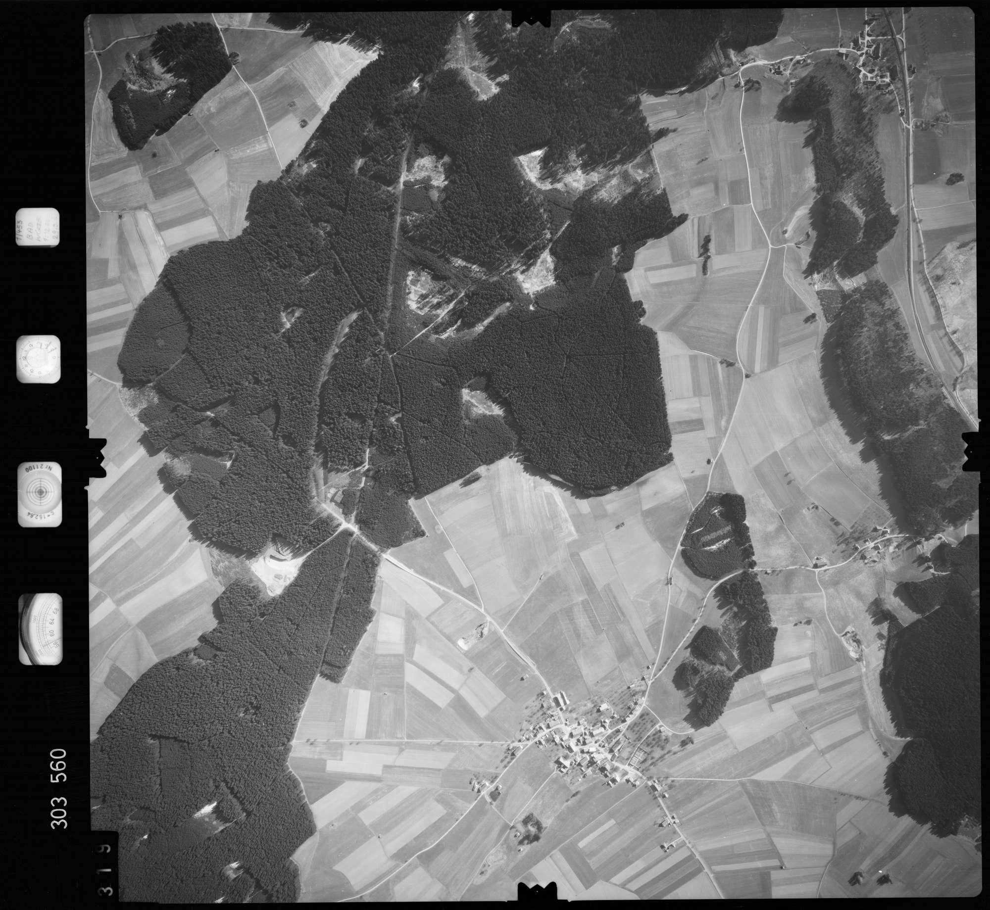 Luftbild: Film 64 Bildnr. 319, Bild 1