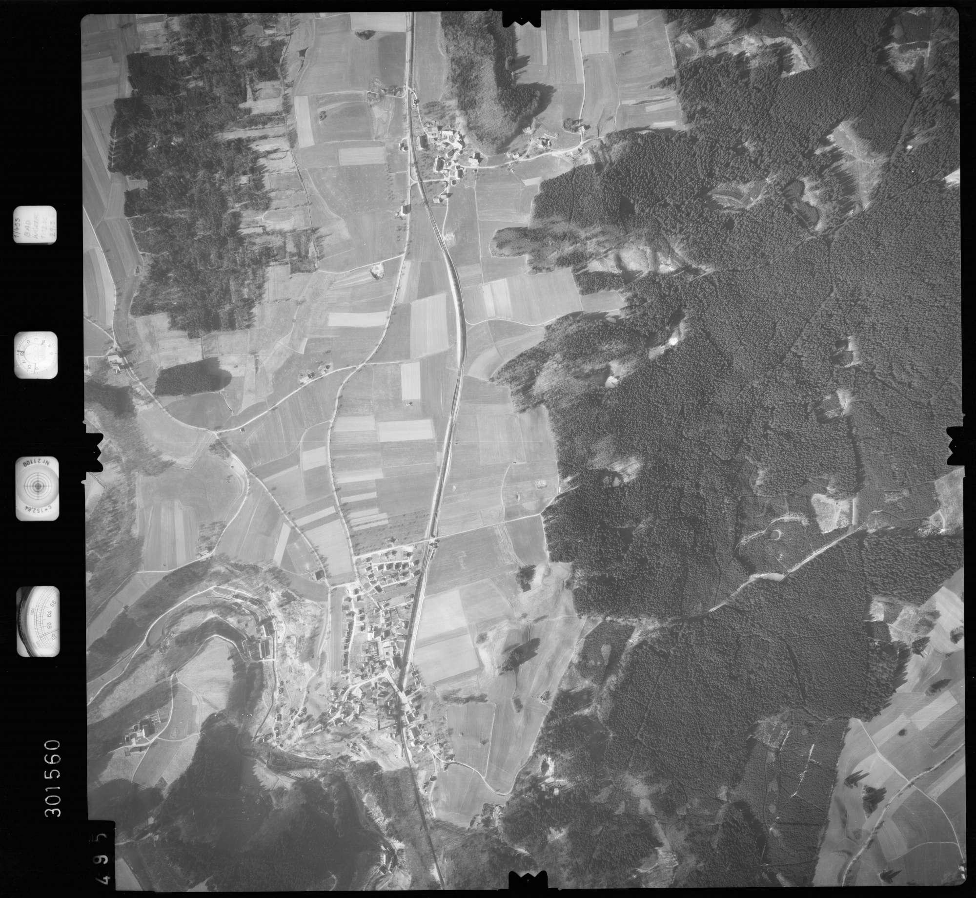 Luftbild: Film 64 Bildnr. 495, Bild 1