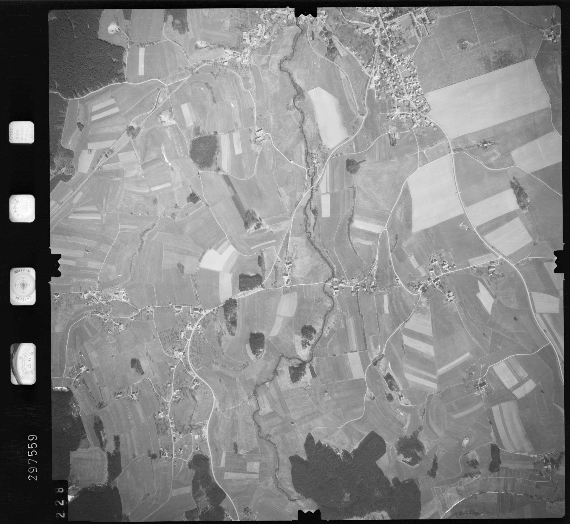 Luftbild: Film 66 Bildnr. 228, Bild 1