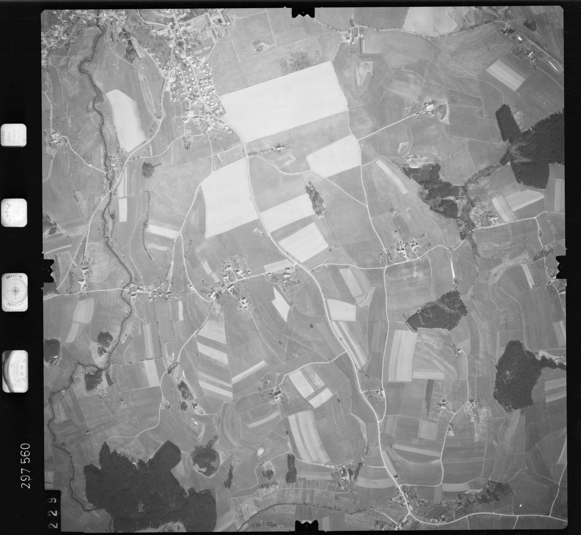 Luftbild: Film 66 Bildnr. 229, Bild 1