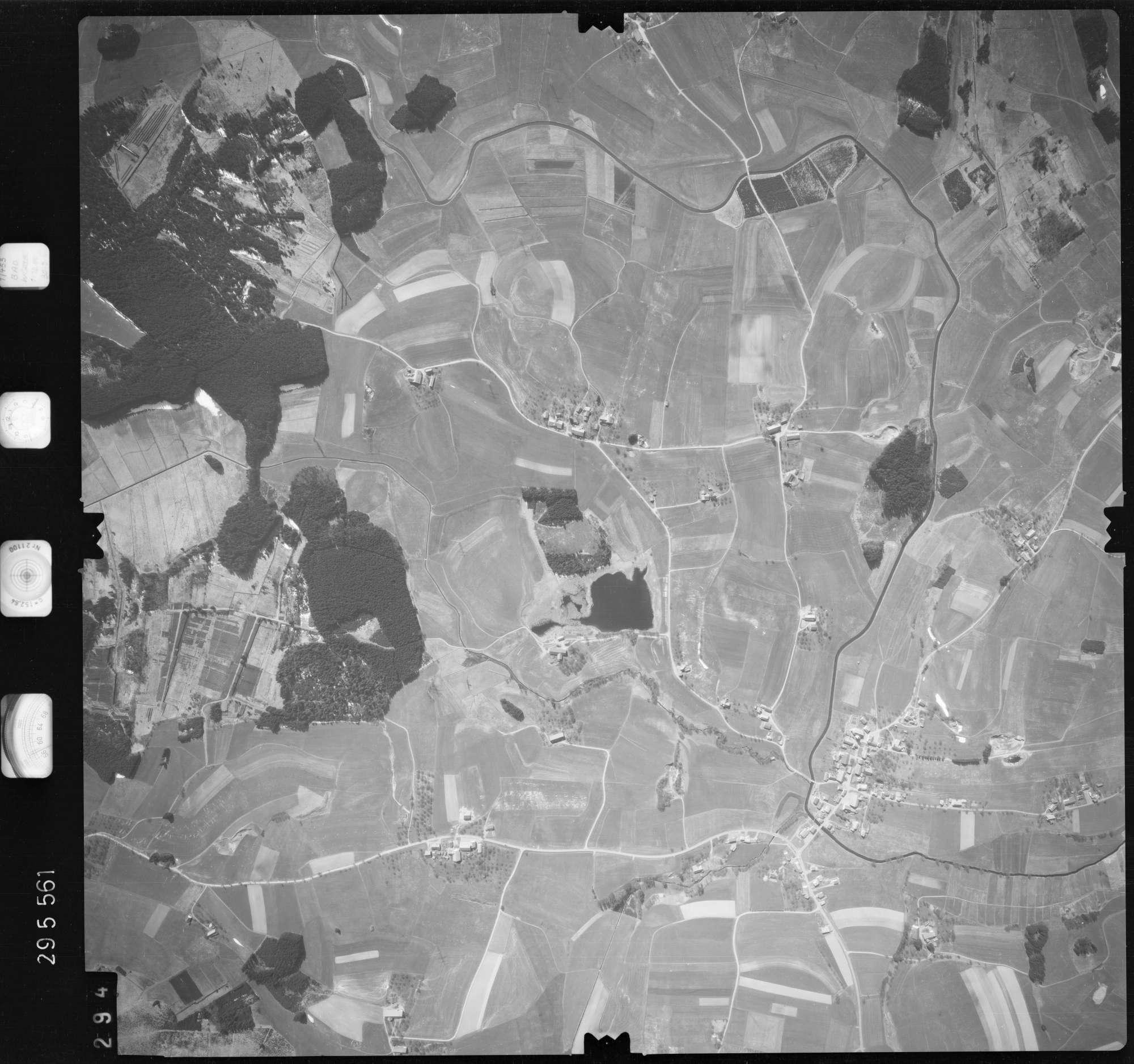Luftbild: Film 69 Bildnr. 294, Bild 1