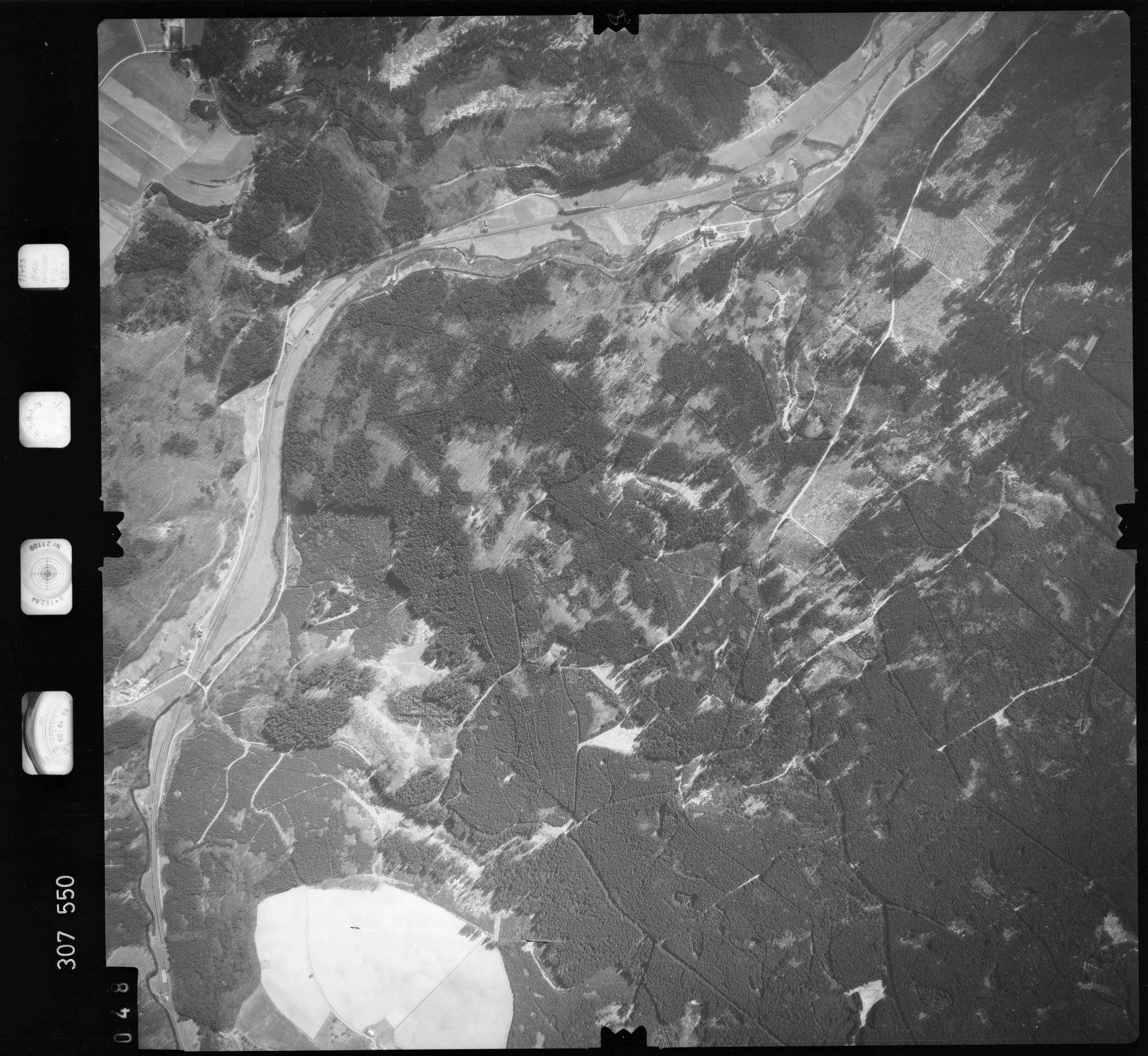 Luftbild: Film 61 Bildnr. 48, Bild 1