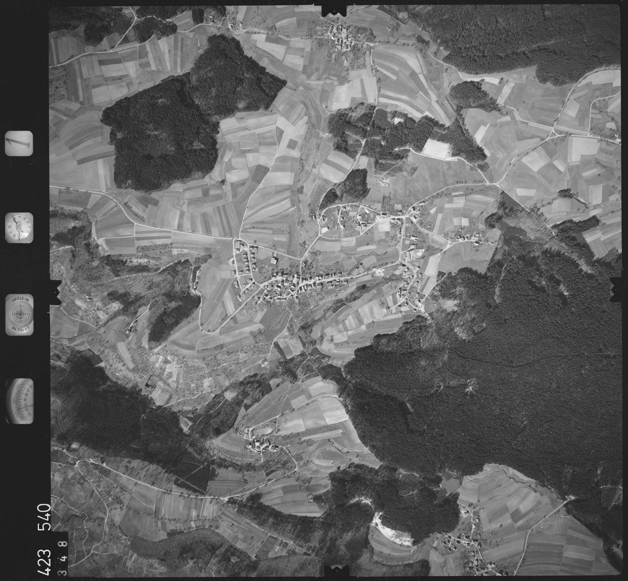 Luftbild: Film 1 Bildnr. 348, Bild 1