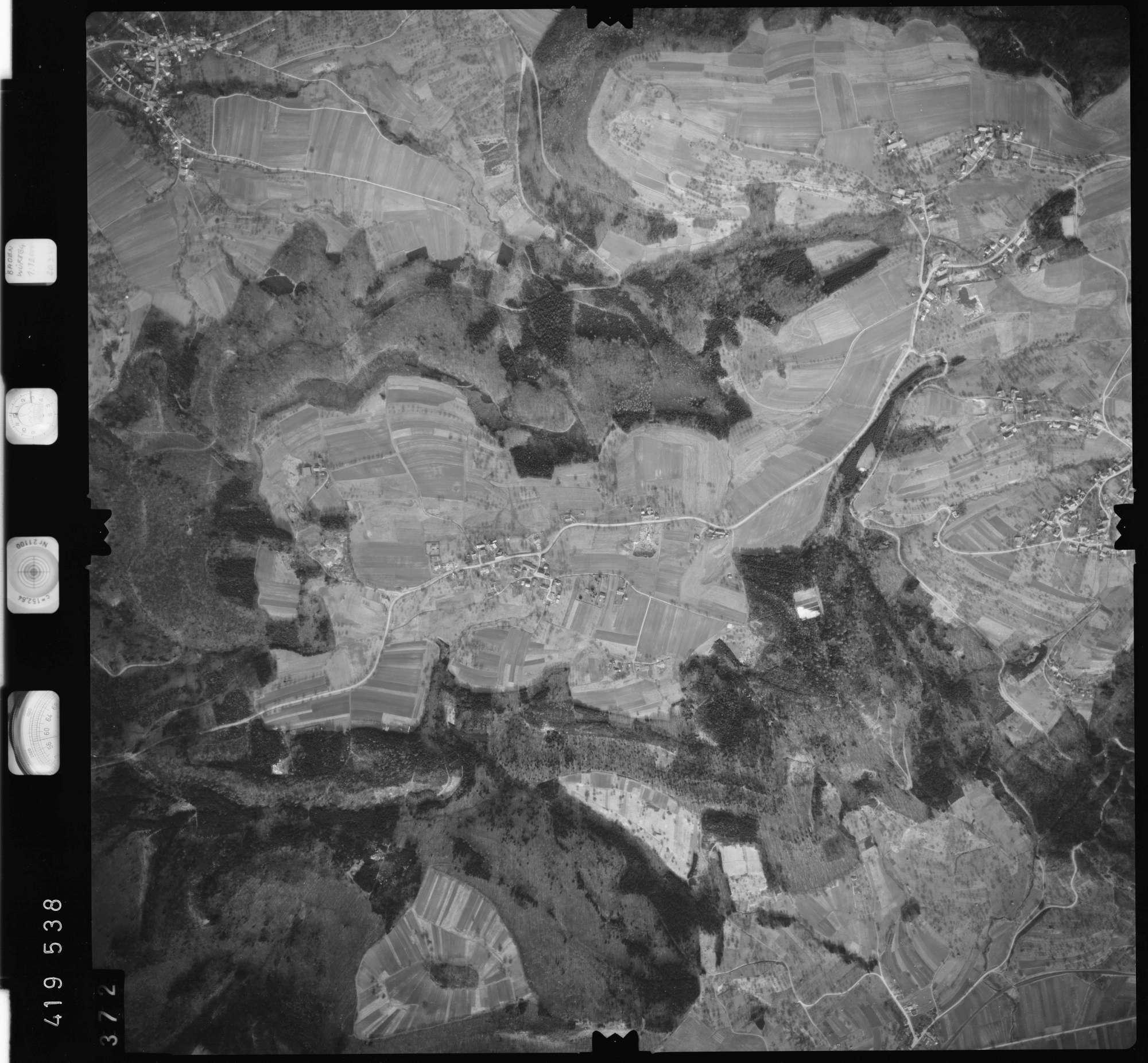 Luftbild: Film 2 Bildnr. 372, Bild 1