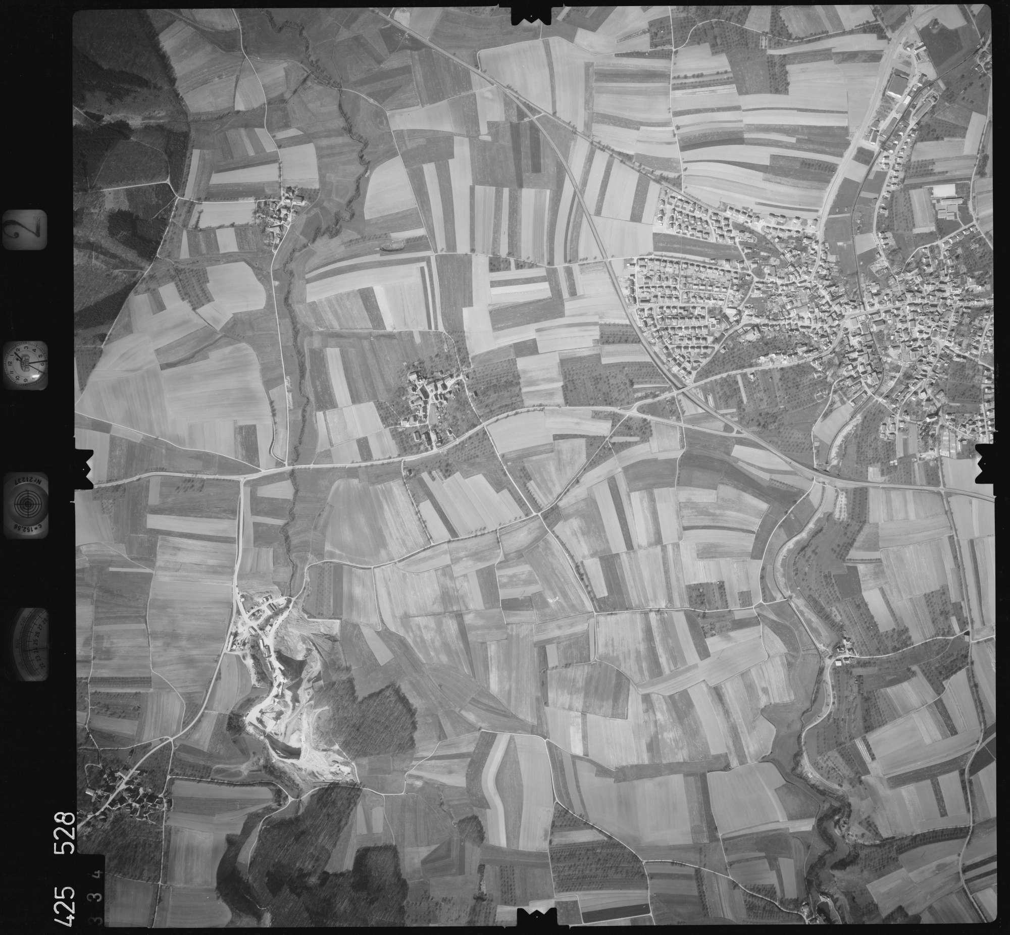 Luftbild: Film 2 Bildnr. 334, Bild 1