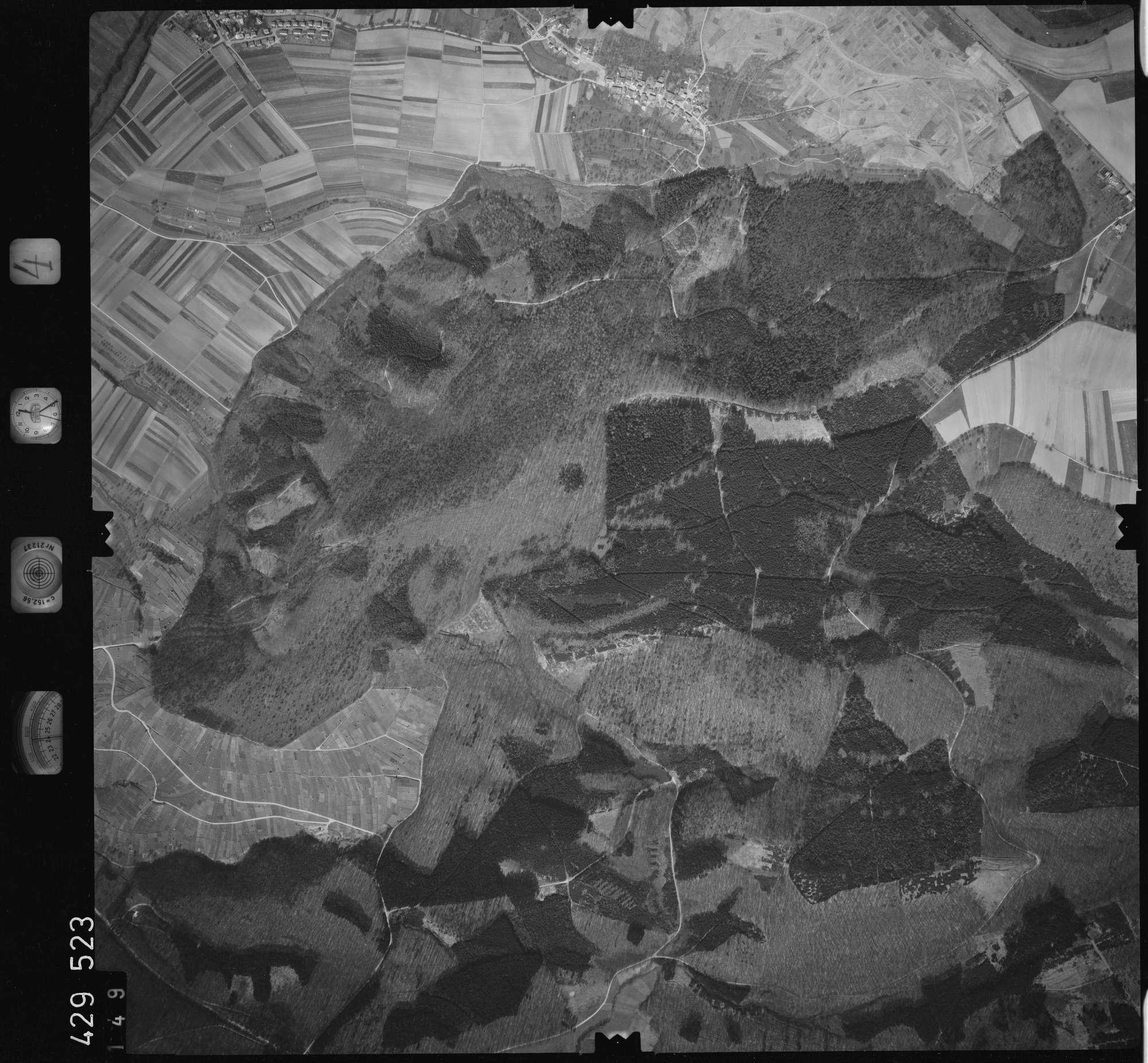 Luftbild: Film 4 Bildnr. 149, Bild 1