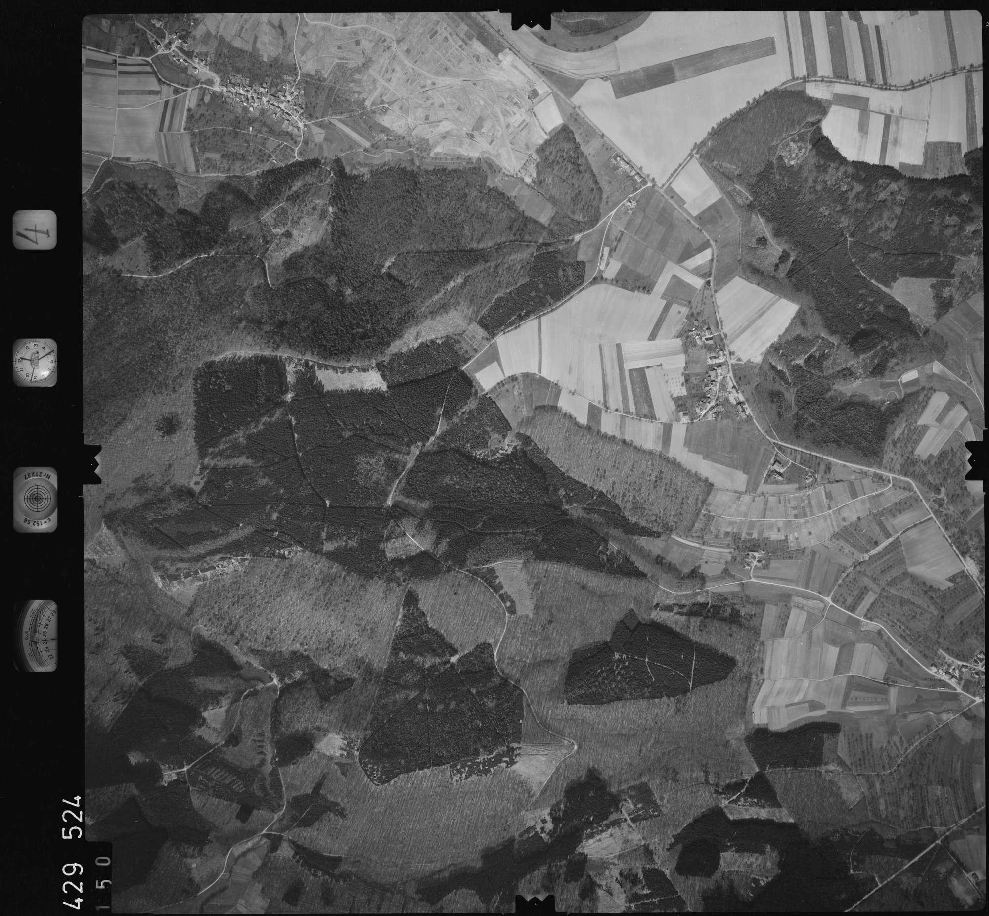 Luftbild: Film 4 Bildnr. 150, Bild 1