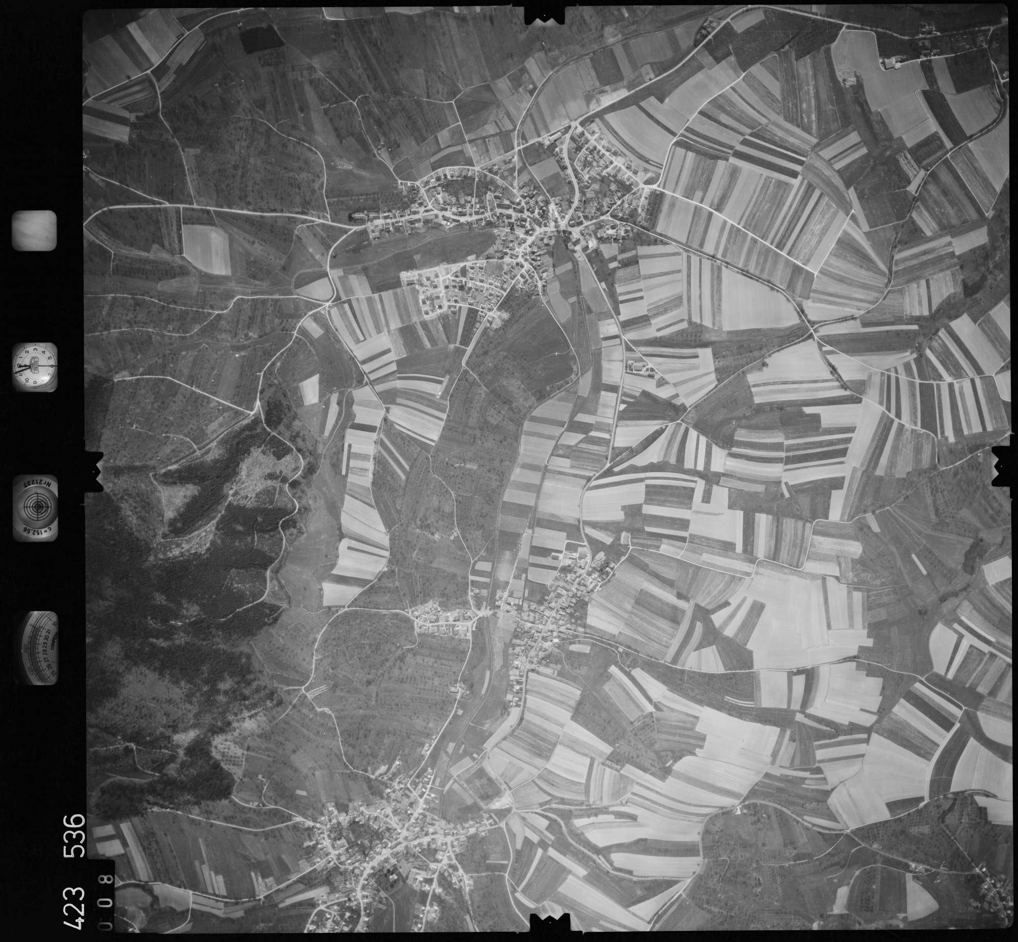 Luftbild: Film 1 Bildnr. 8, Bild 1