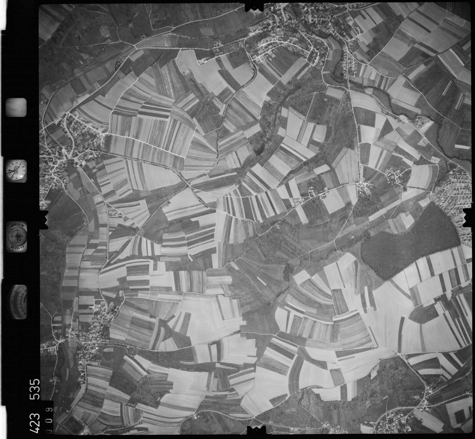 Luftbild: Film 1 Bildnr. 9, Bild 1
