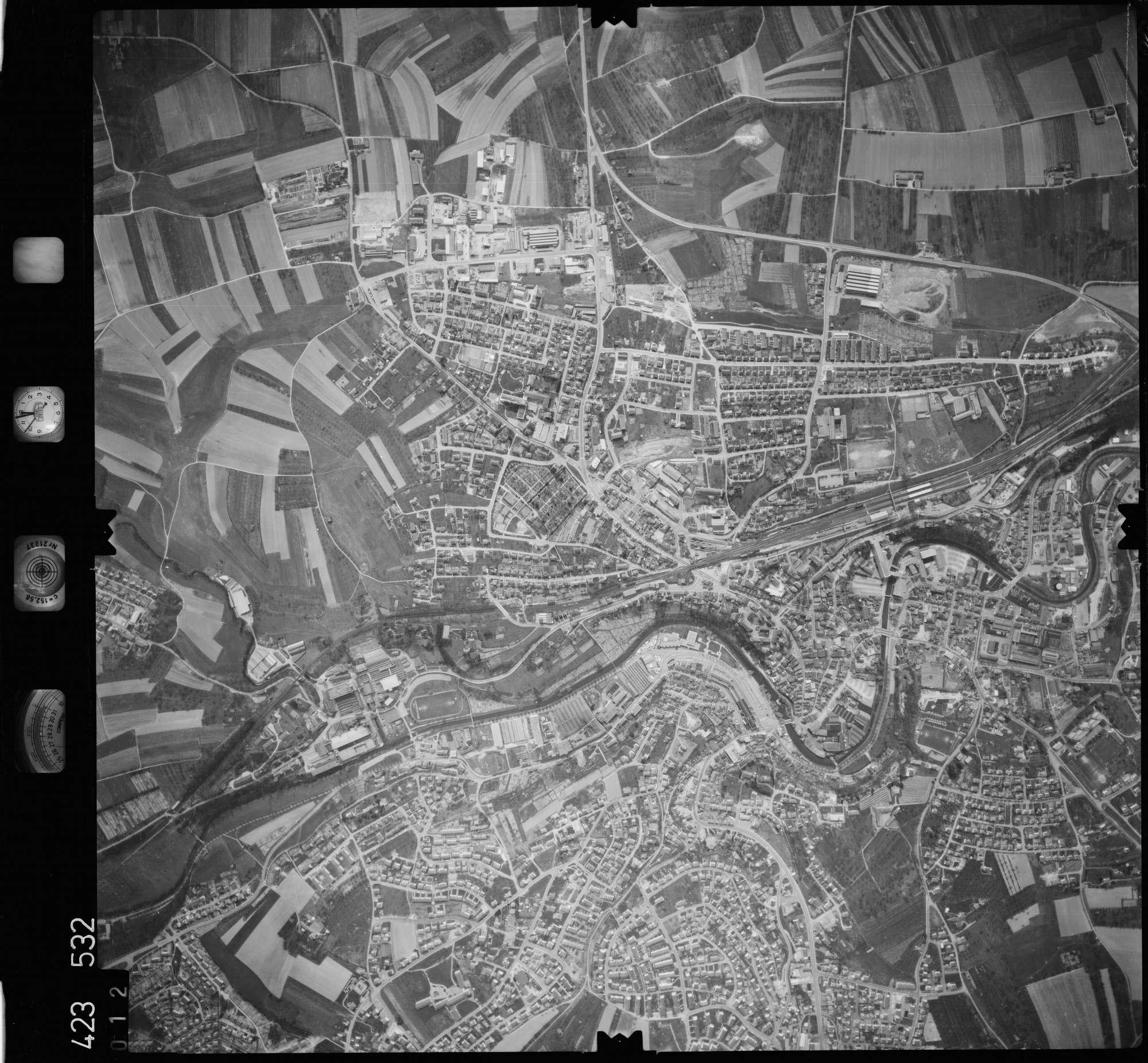 Luftbild: Film 1 Bildnr. 12, Bild 1