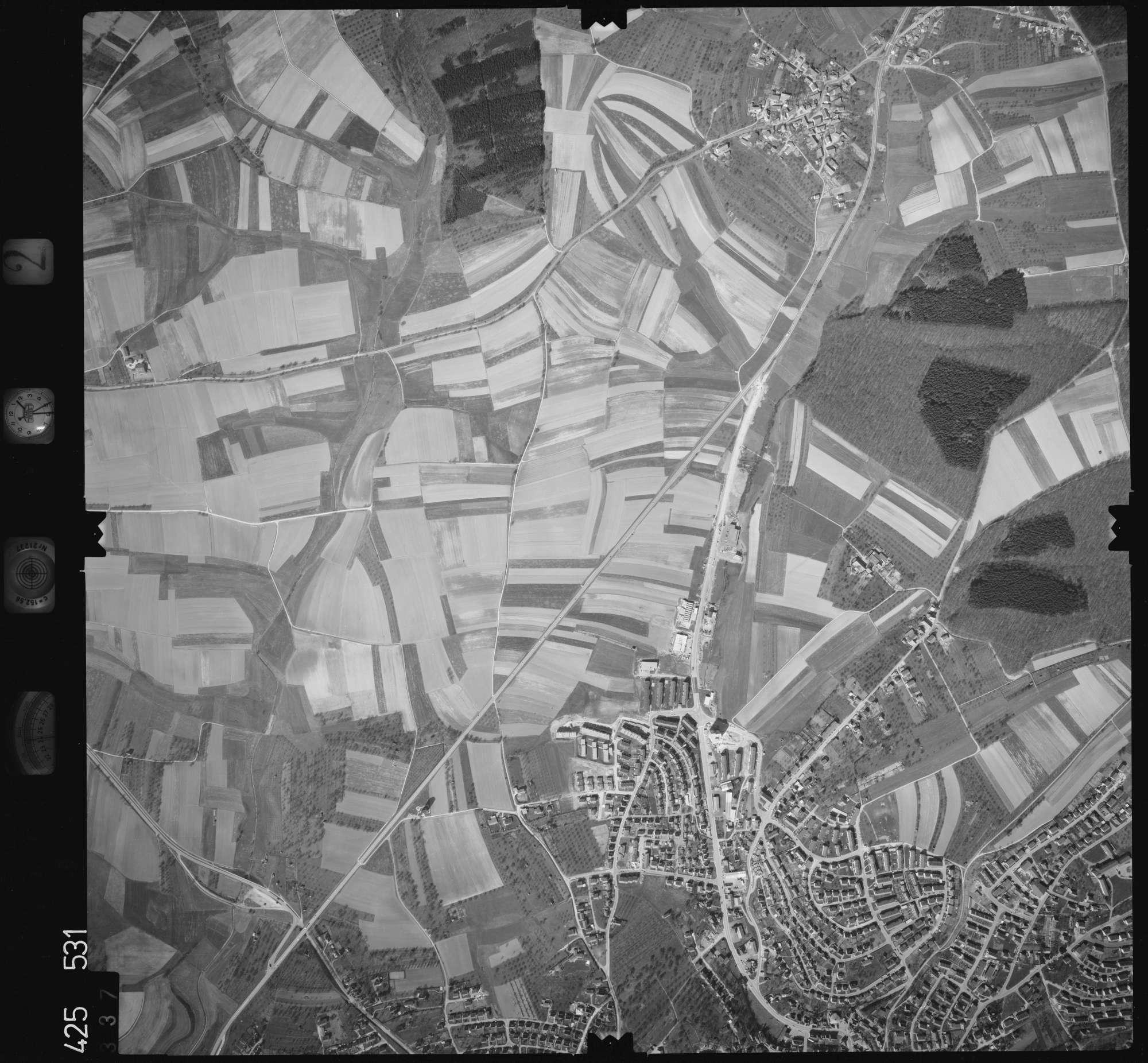 Luftbild: Film 2 Bildnr. 337, Bild 1