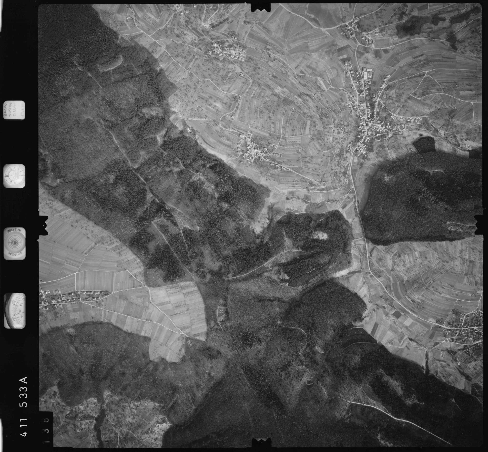 Luftbild: Film 5 Bildnr. 138, Bild 1