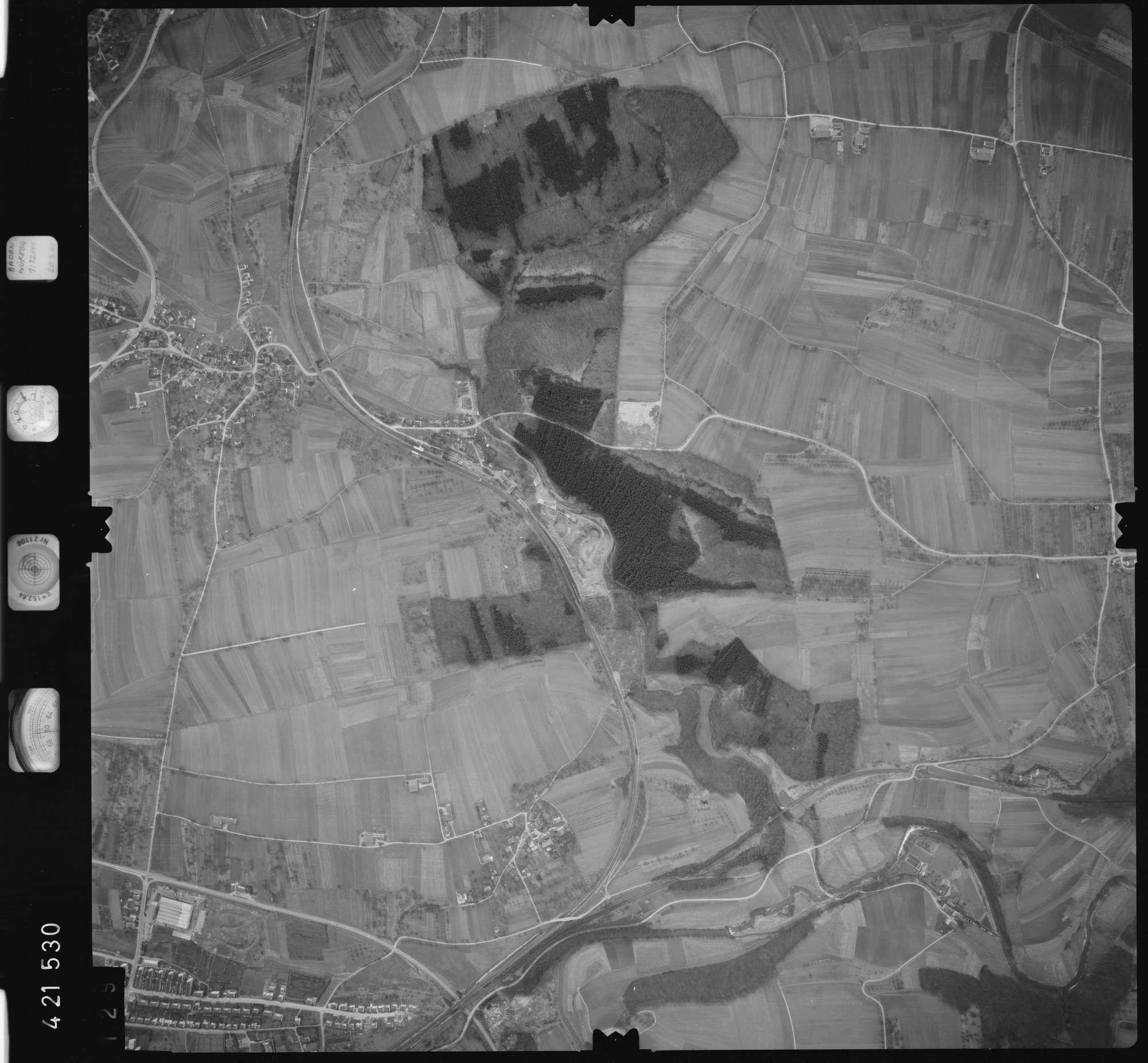 Luftbild: Film 1 Bildnr. 129, Bild 1