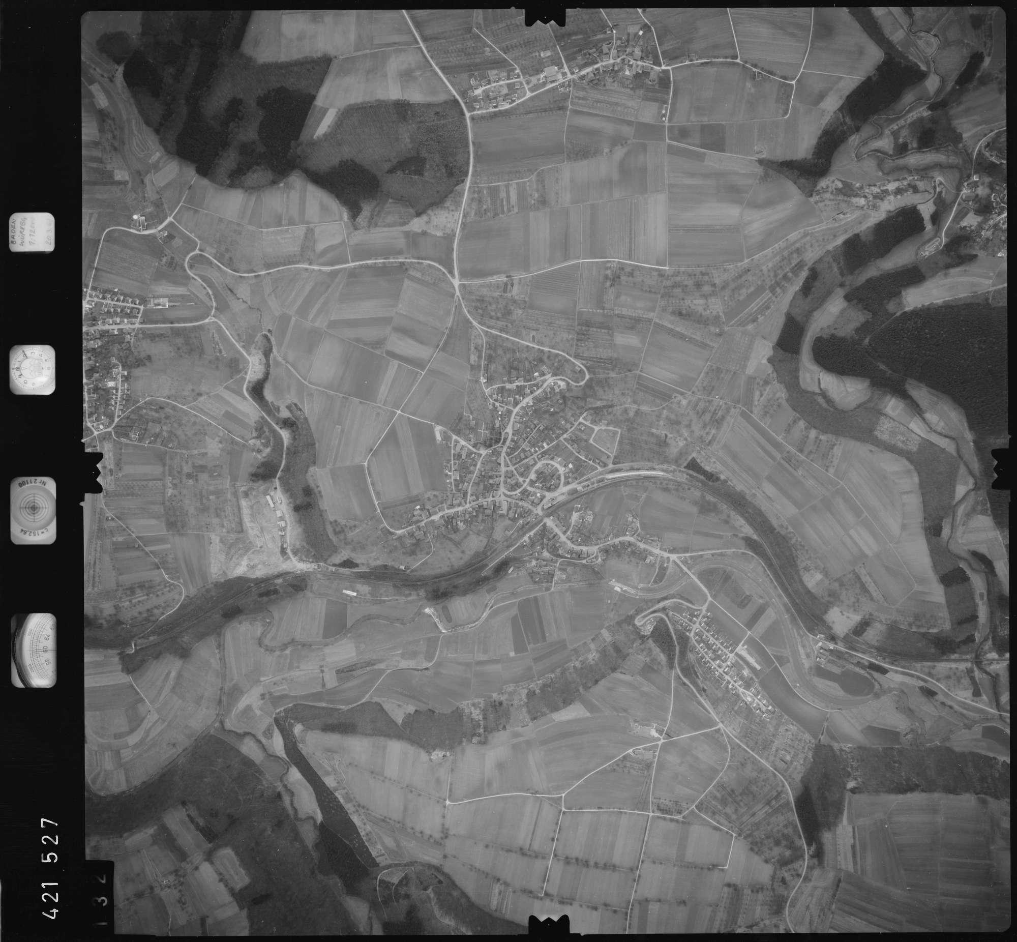 Luftbild: Film 1 Bildnr. 132, Bild 1