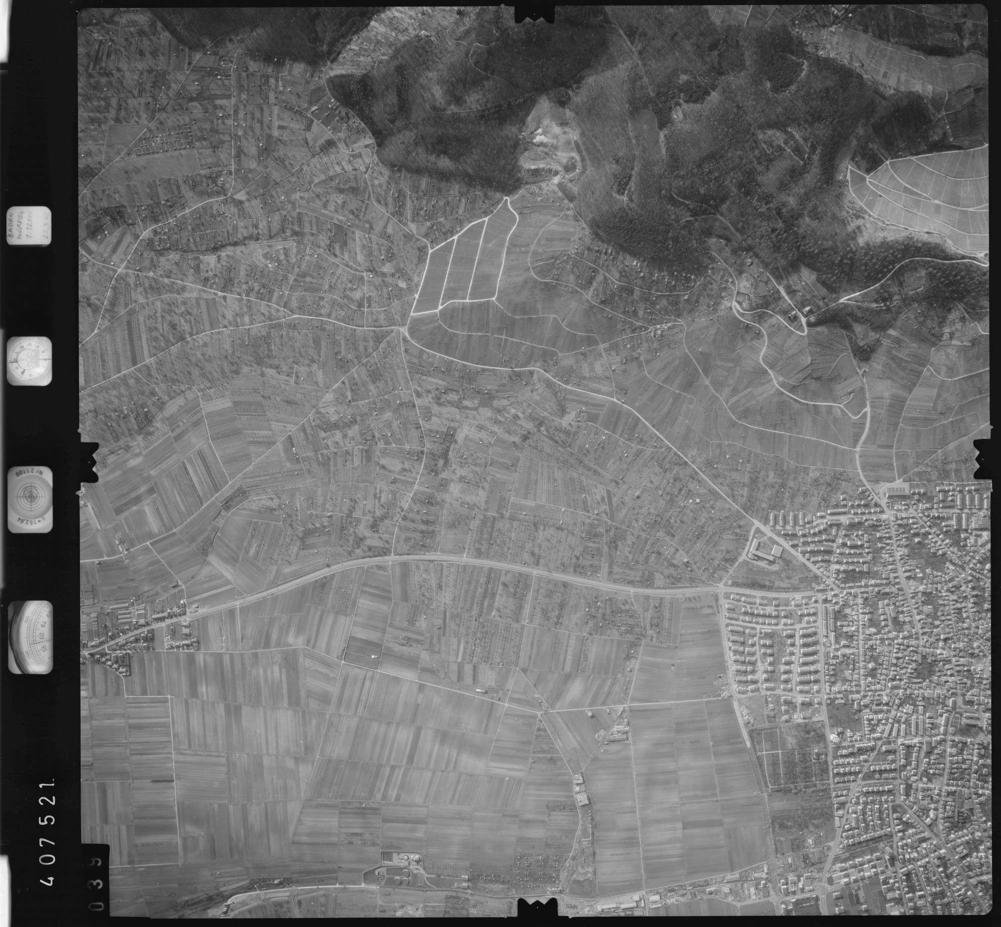 Luftbild: Film 5 Bildnr. 39, Bild 1
