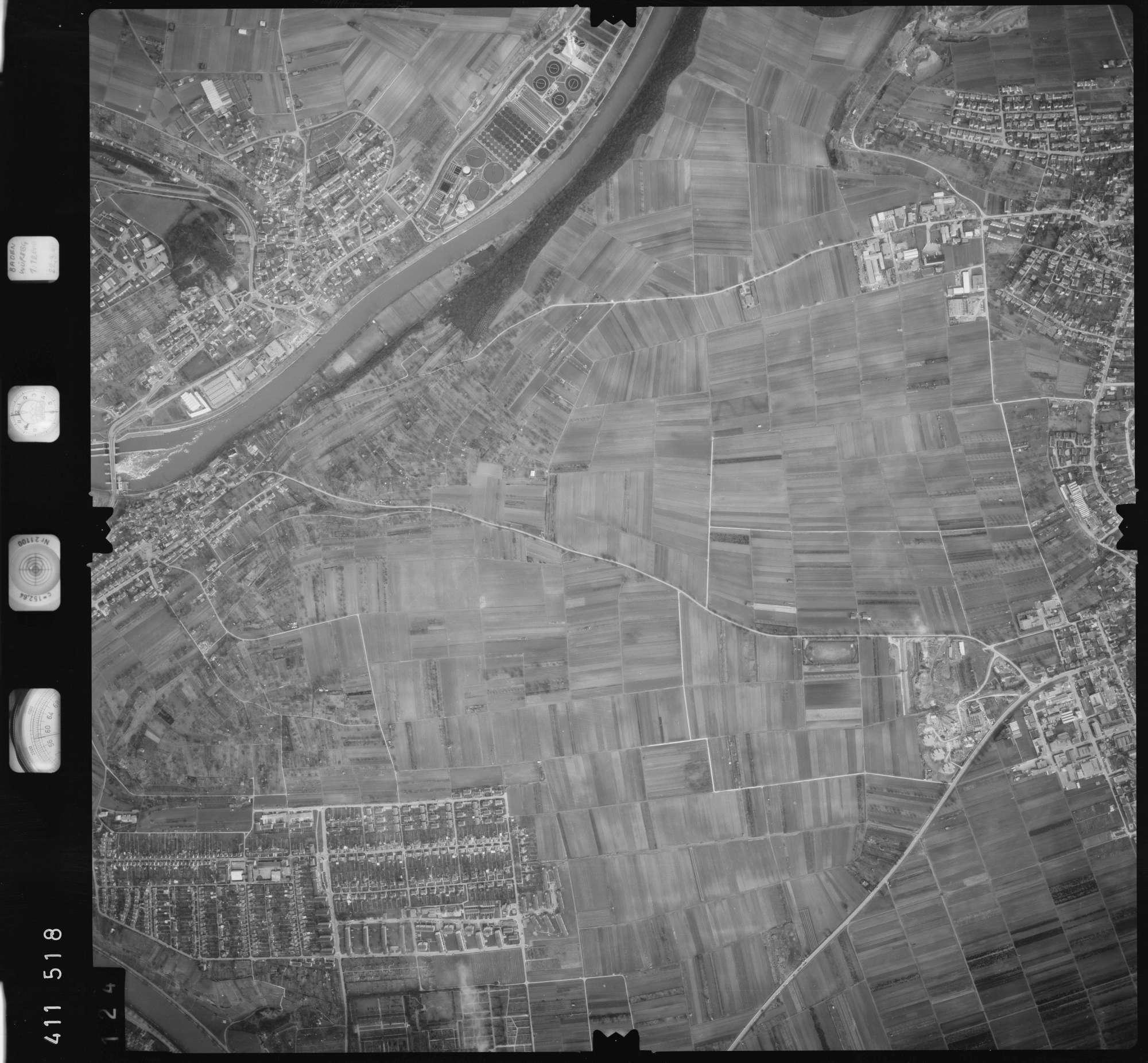 Luftbild: Film 5 Bildnr. 124, Bild 1