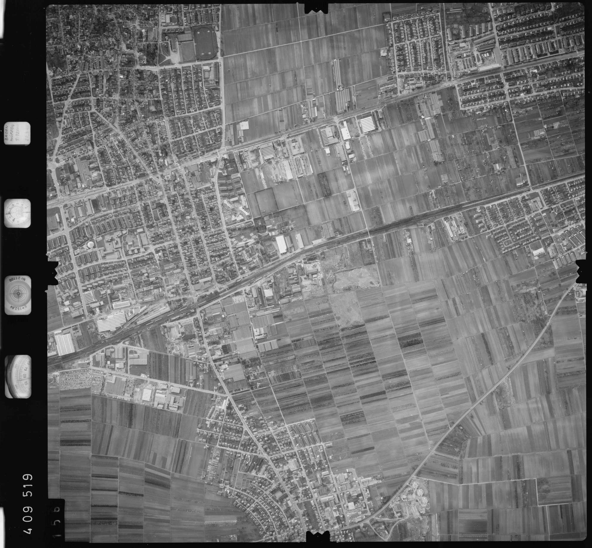 Luftbild: Film 5 Bildnr. 156, Bild 1