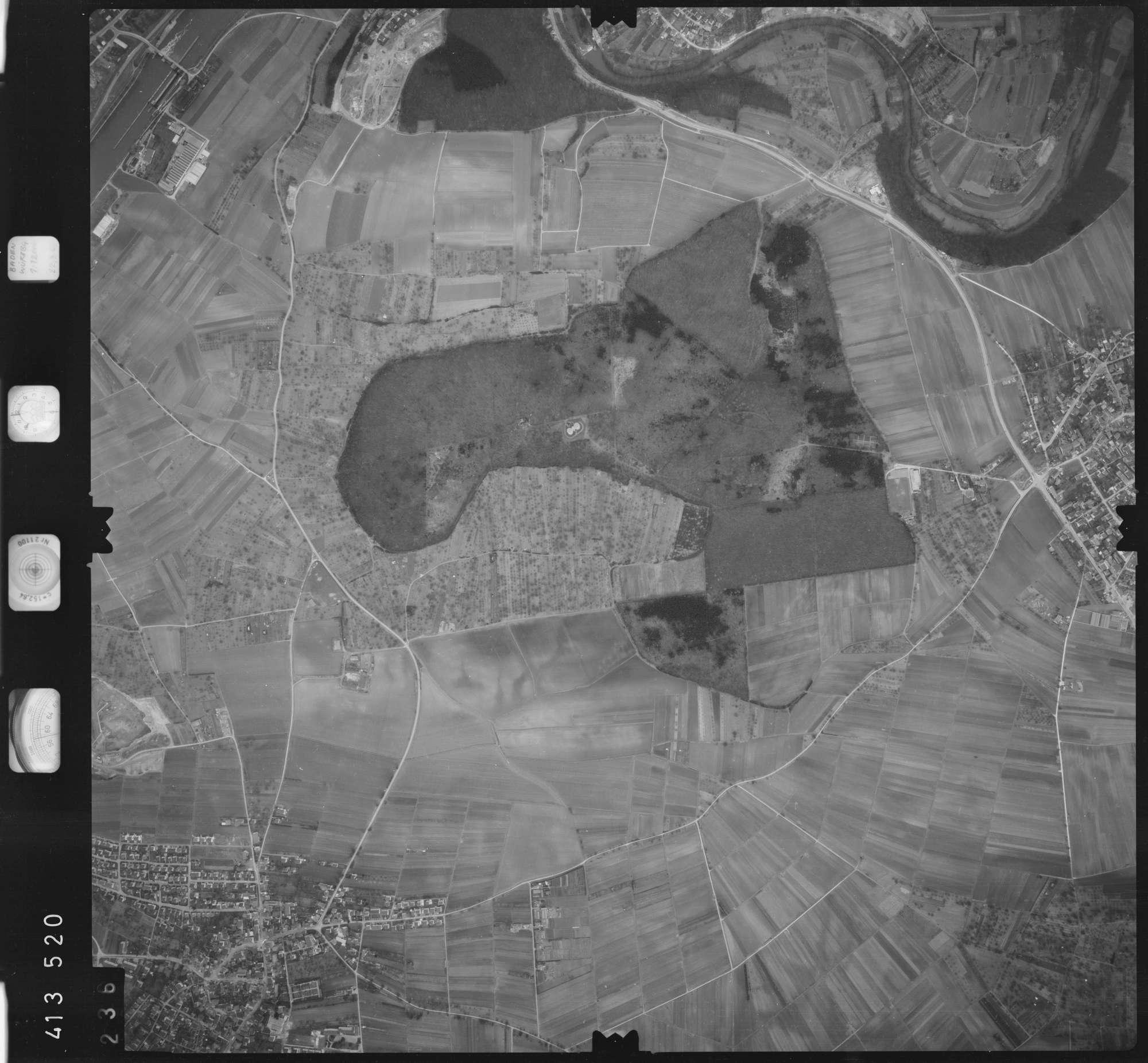 Luftbild: Film 5 Bildnr. 236, Bild 1