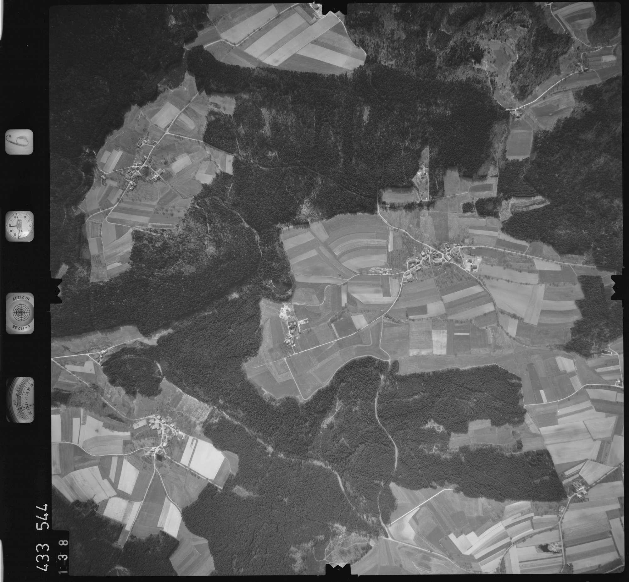 Luftbild: Film 6 Bildnr. 138, Bild 1