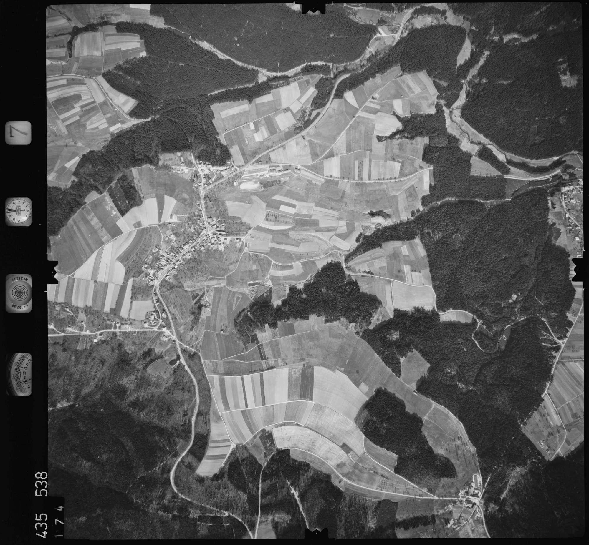 Luftbild: Film 7 Bildnr. 174, Bild 1