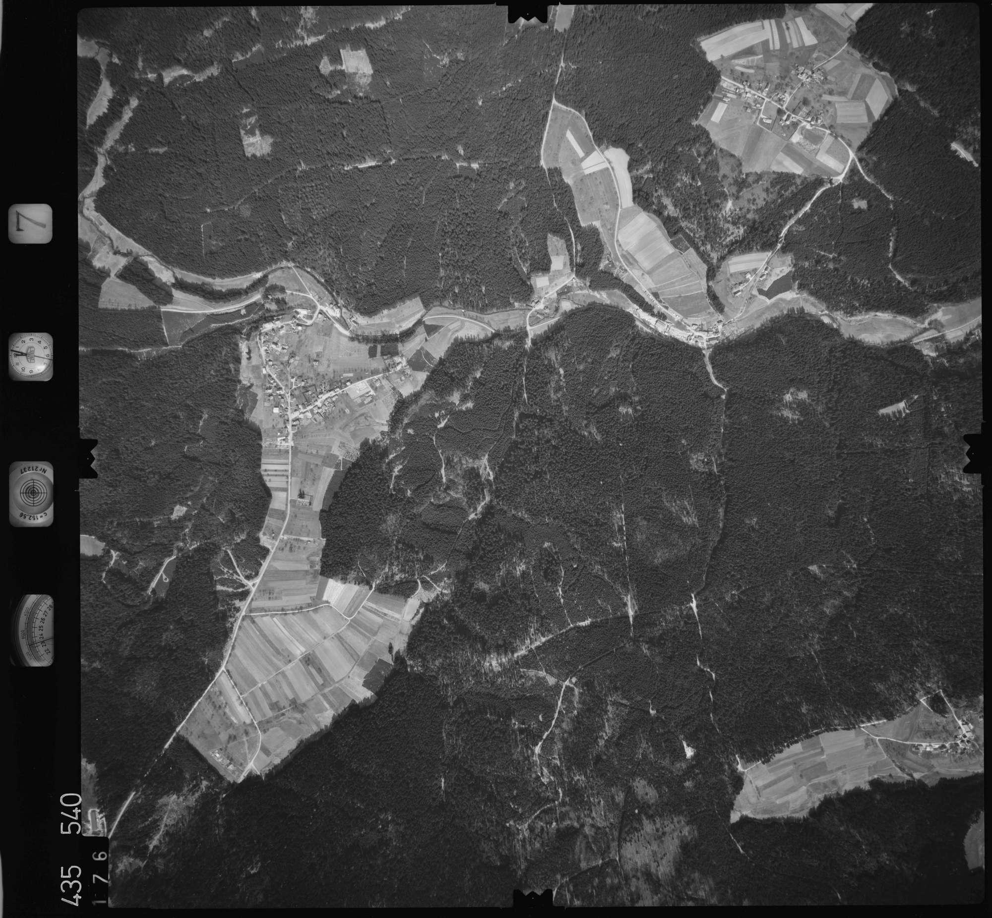 Luftbild: Film 7 Bildnr. 176, Bild 1