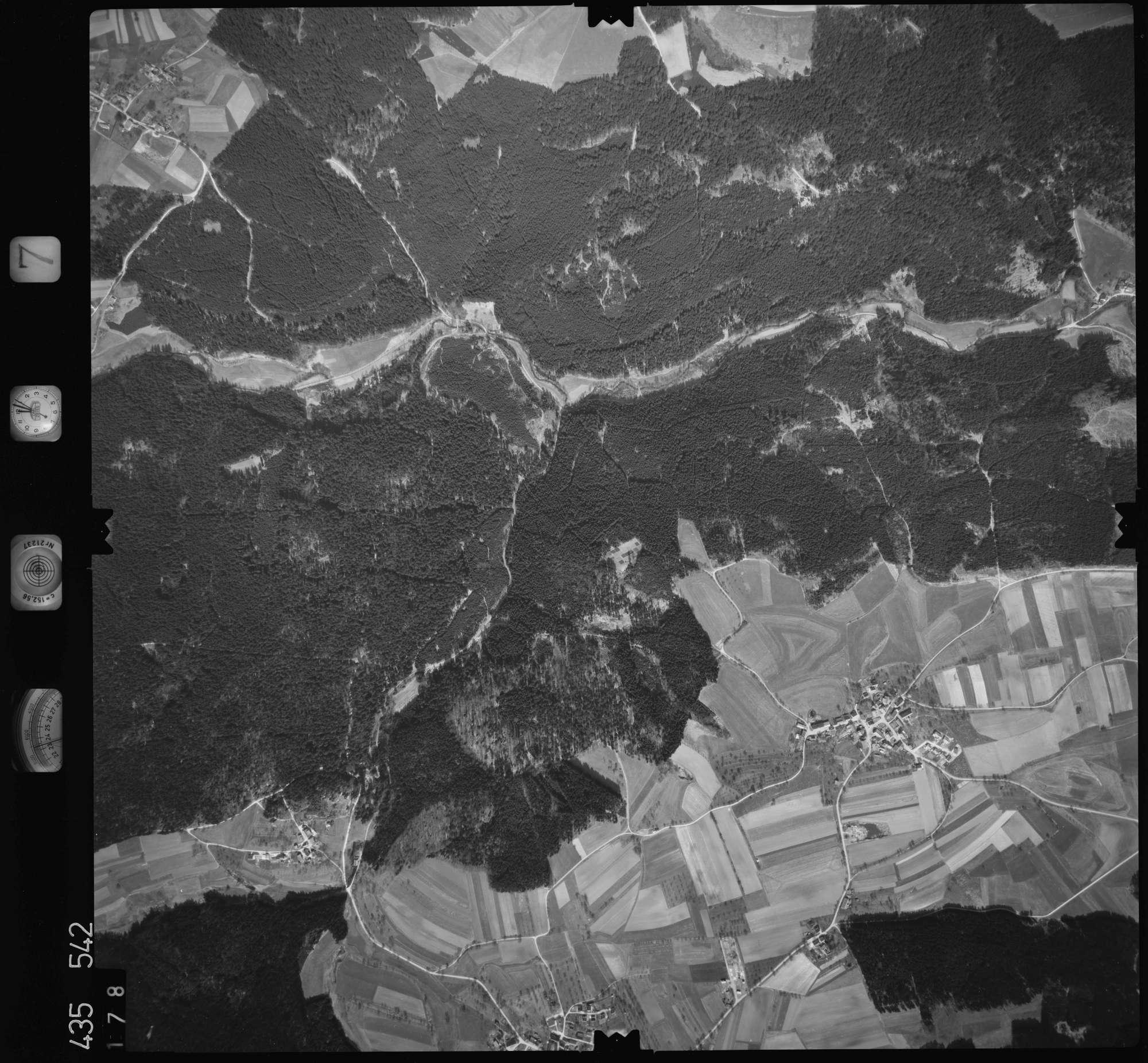 Luftbild: Film 7 Bildnr. 178, Bild 1