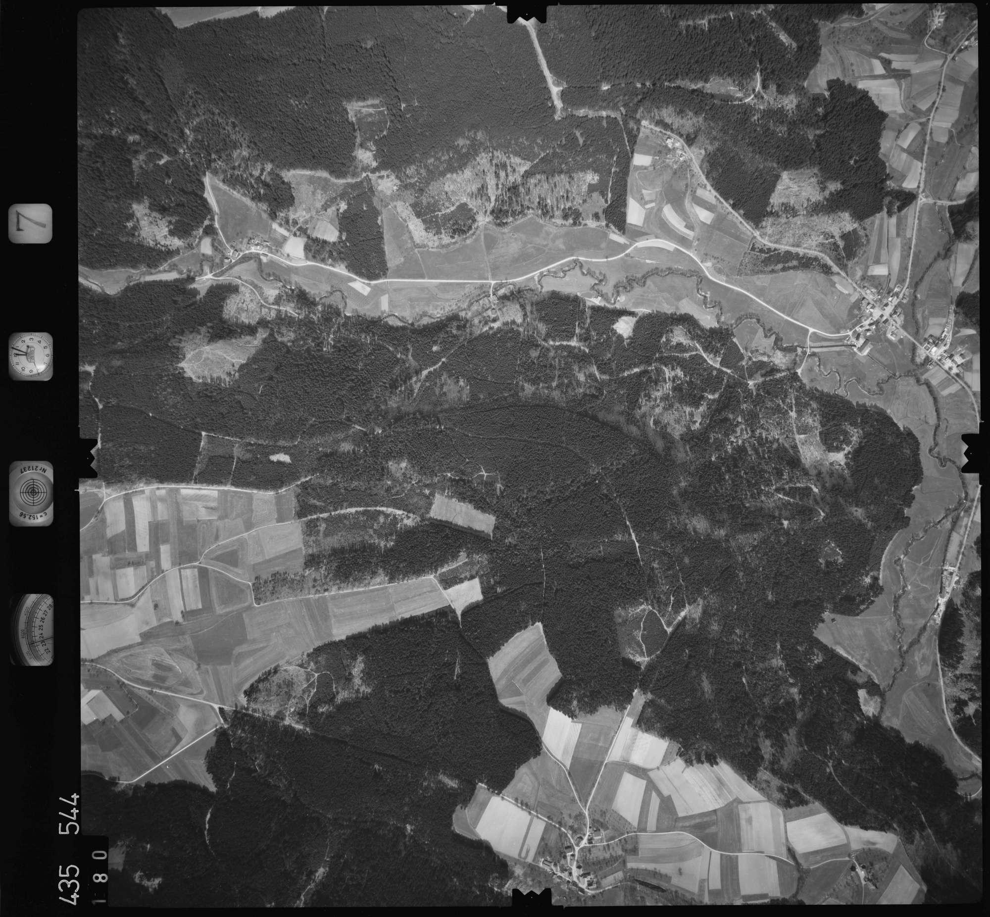 Luftbild: Film 7 Bildnr. 180, Bild 1