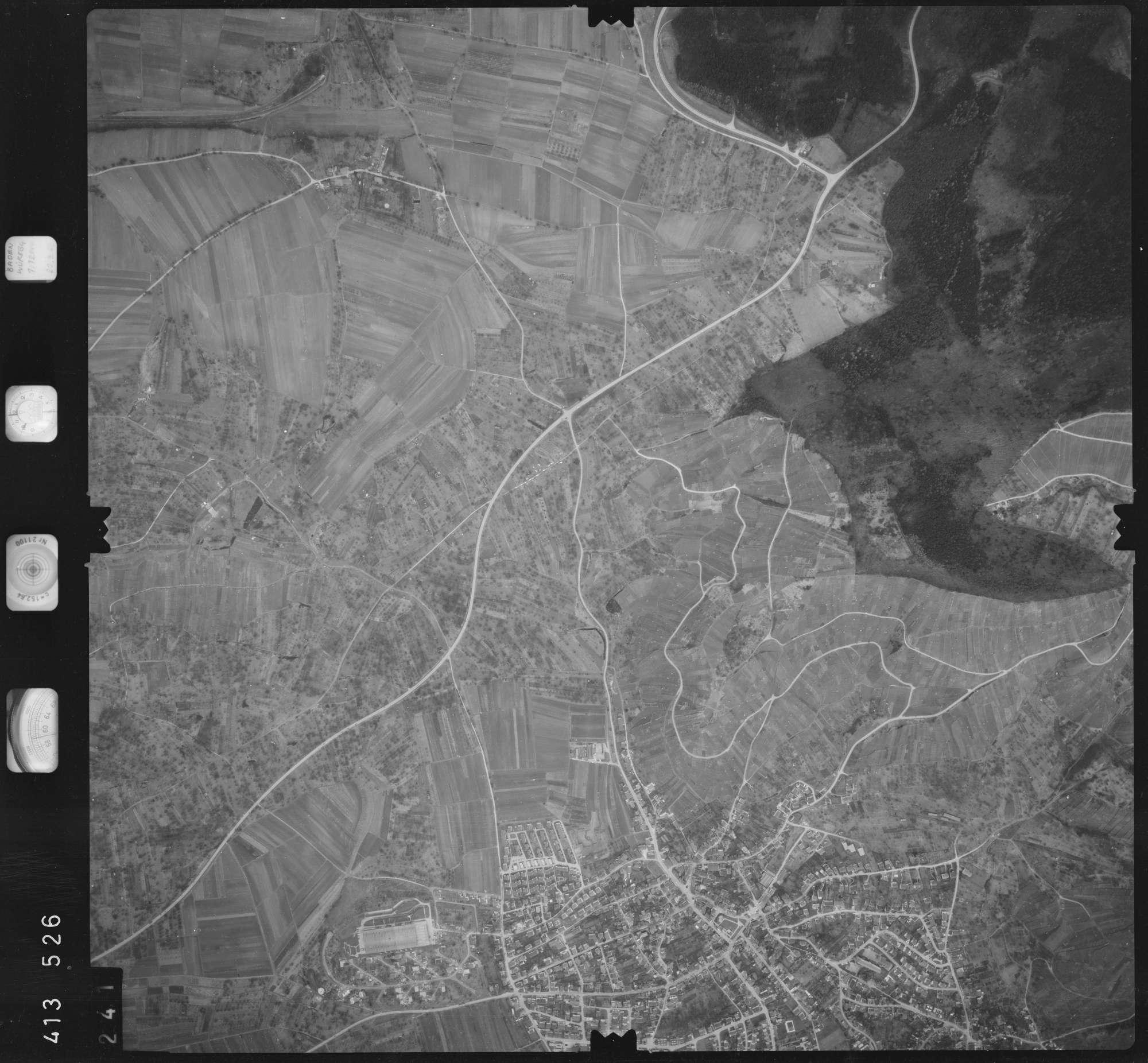 Luftbild: Film 5 Bildnr. 241, Bild 1