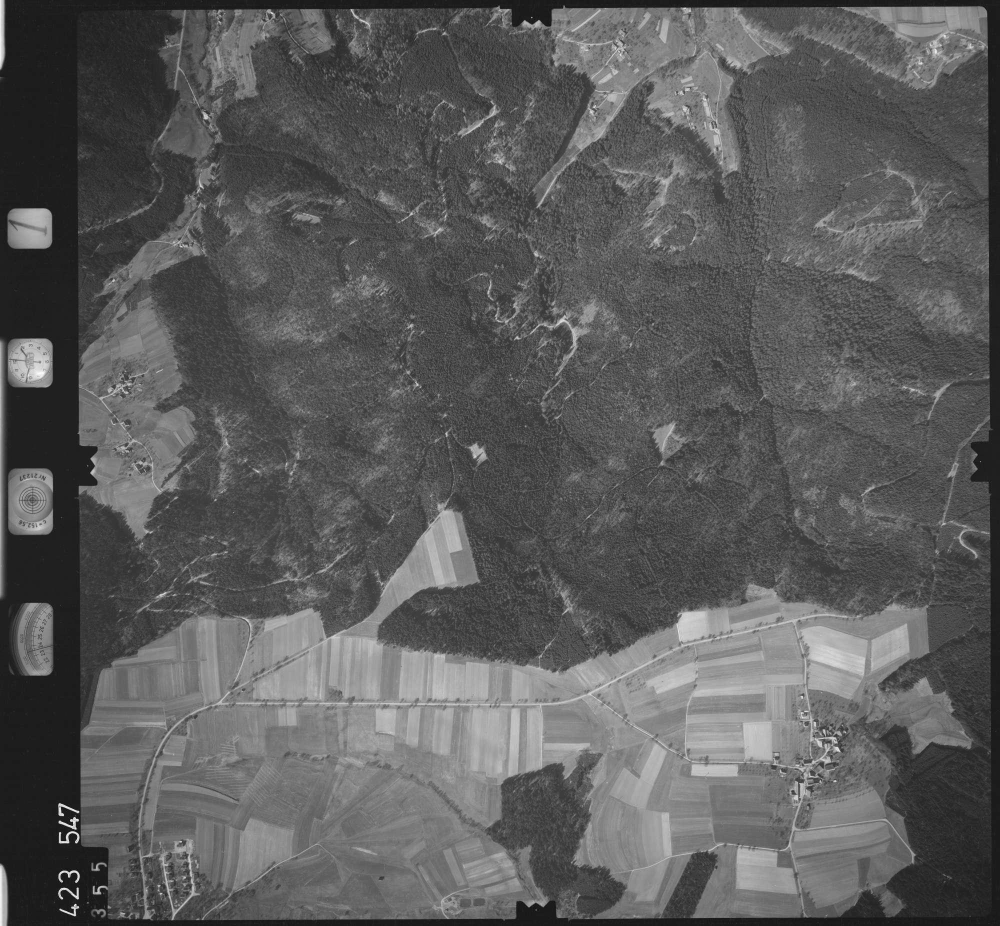 Luftbild: Film 1 Bildnr. 355, Bild 1