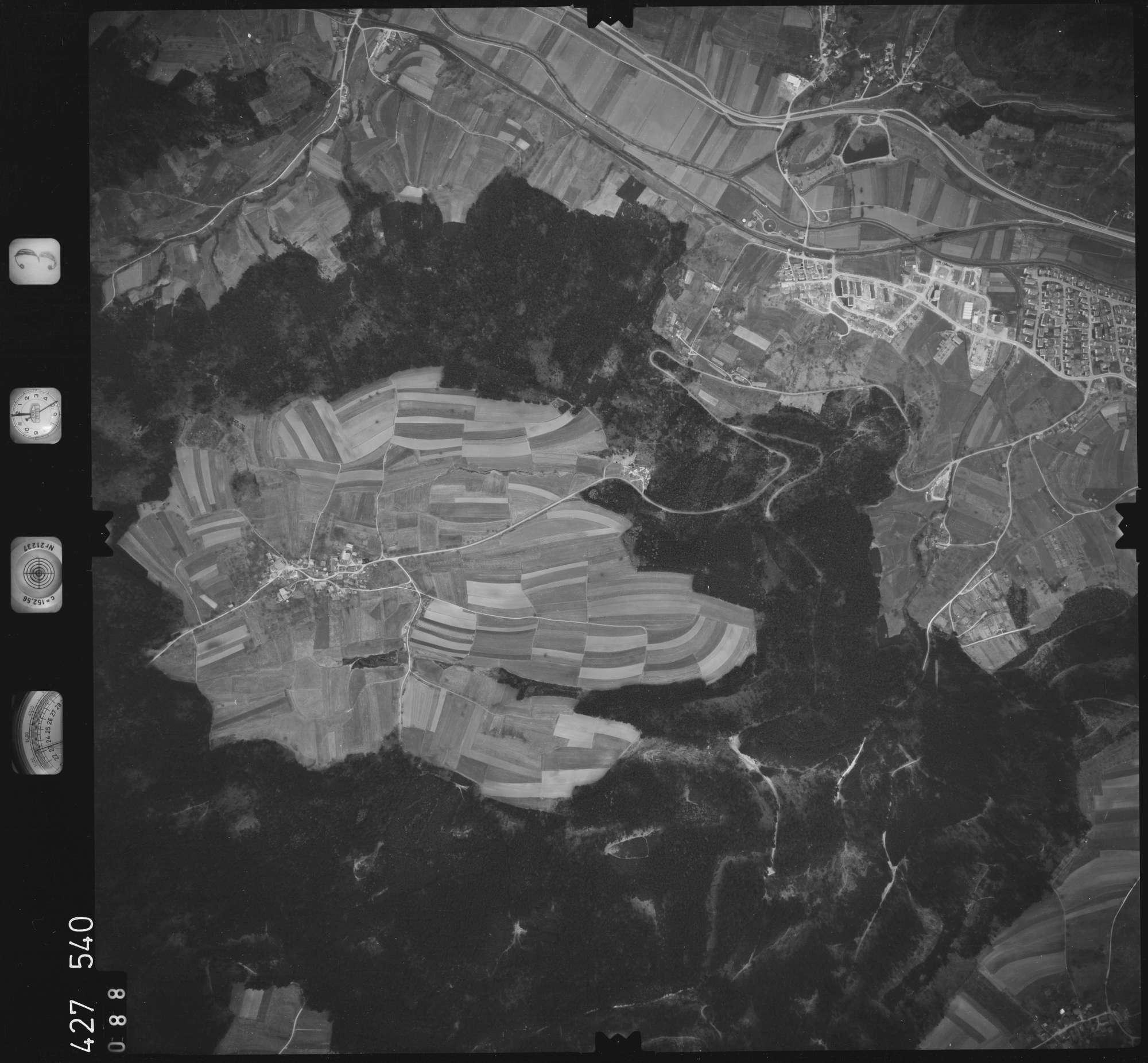 Luftbild: Film 3 Bildnr. 88, Bild 1