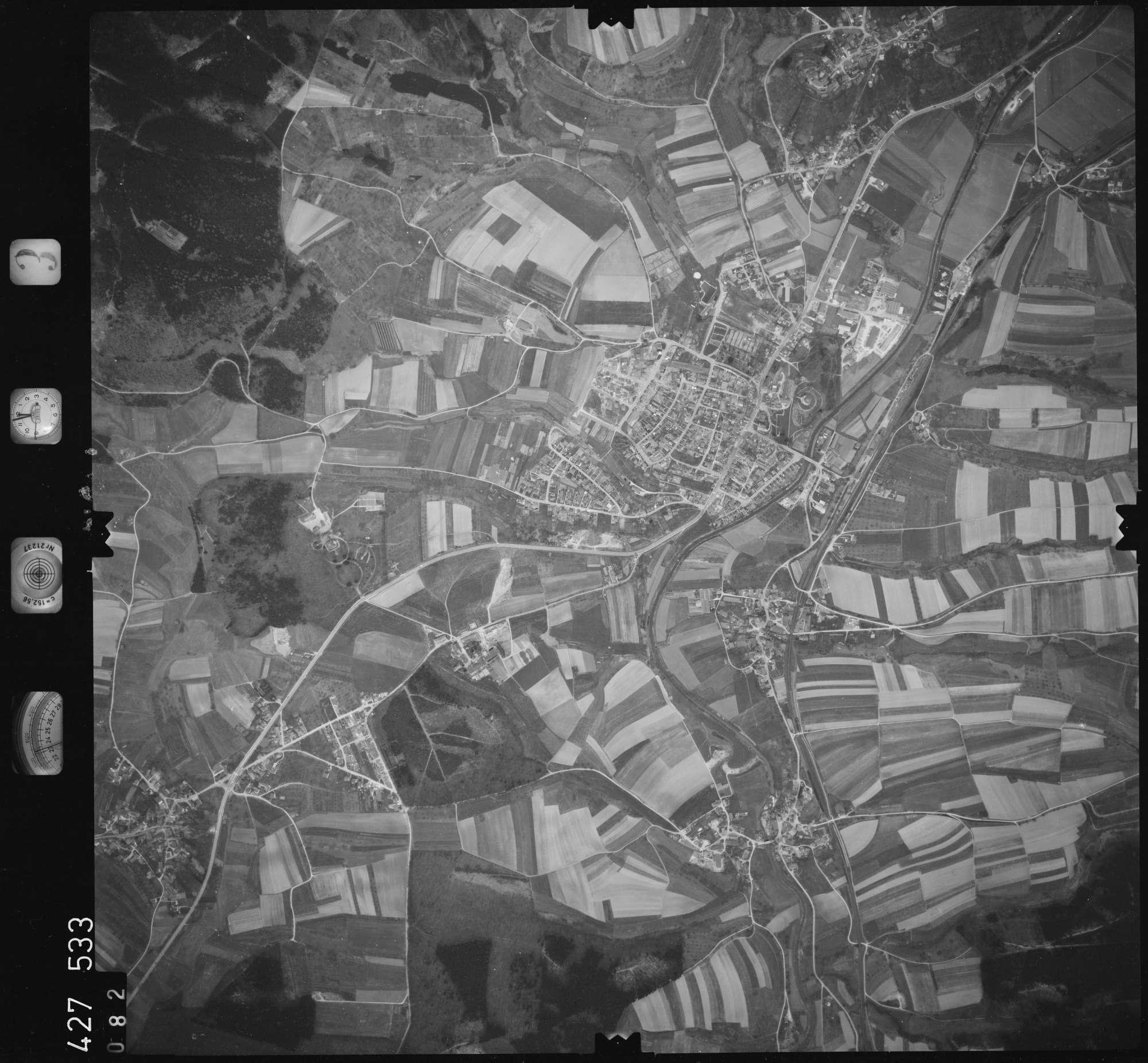 Luftbild: Film 3 Bildnr. 82, Bild 1
