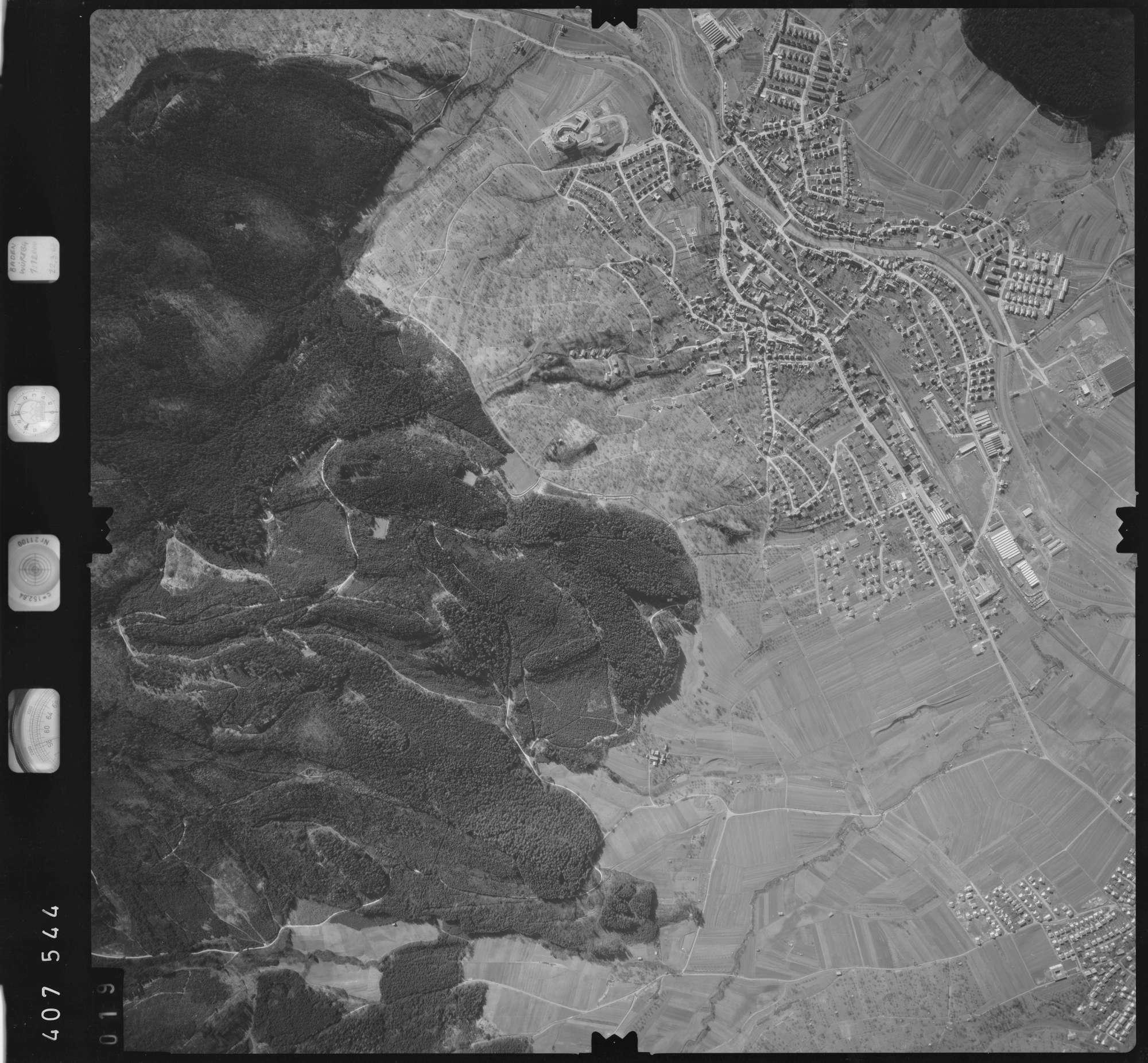 Luftbild: Film 5 Bildnr. 19, Bild 1
