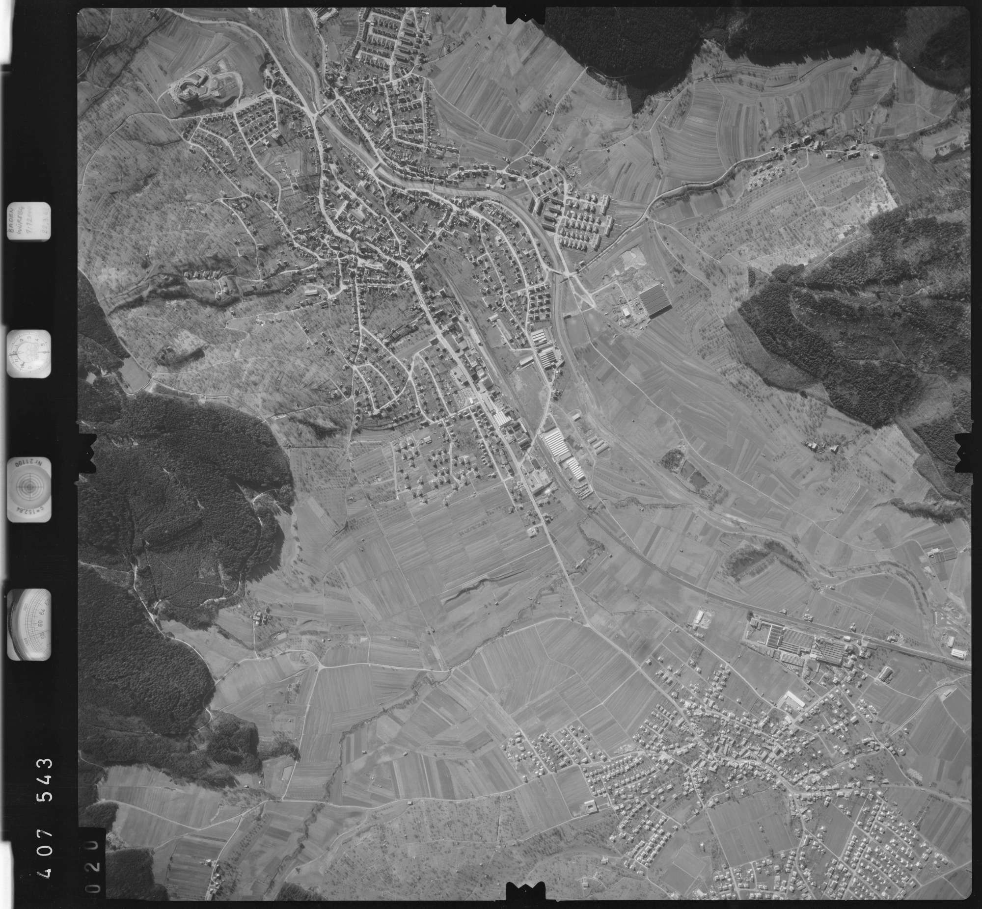 Luftbild: Film 5 Bildnr. 20, Bild 1