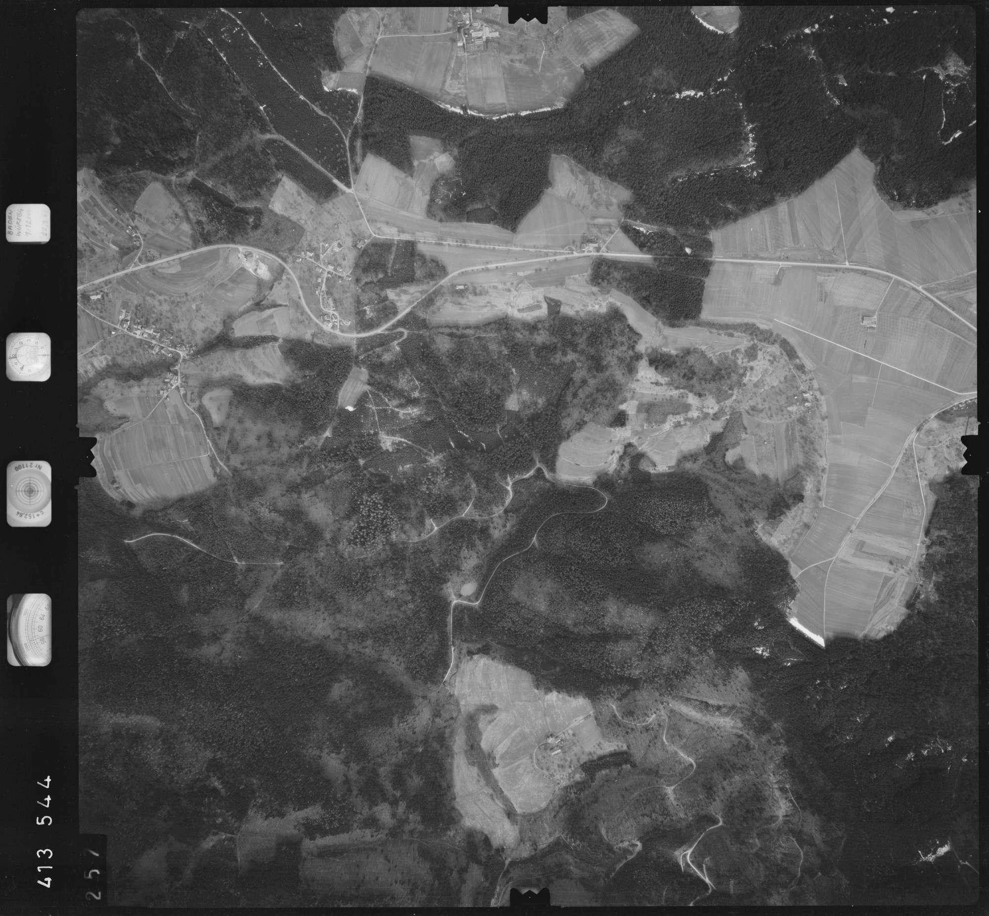 Luftbild: Film 5 Bildnr. 257, Bild 1