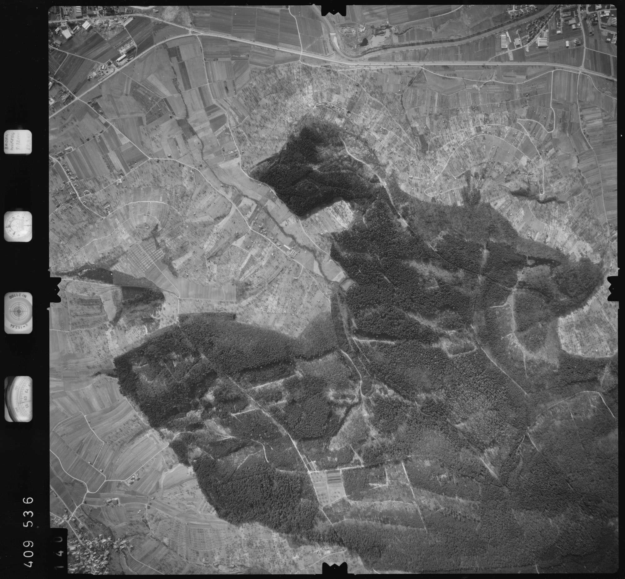 Luftbild: Film 5 Bildnr. 140, Bild 1