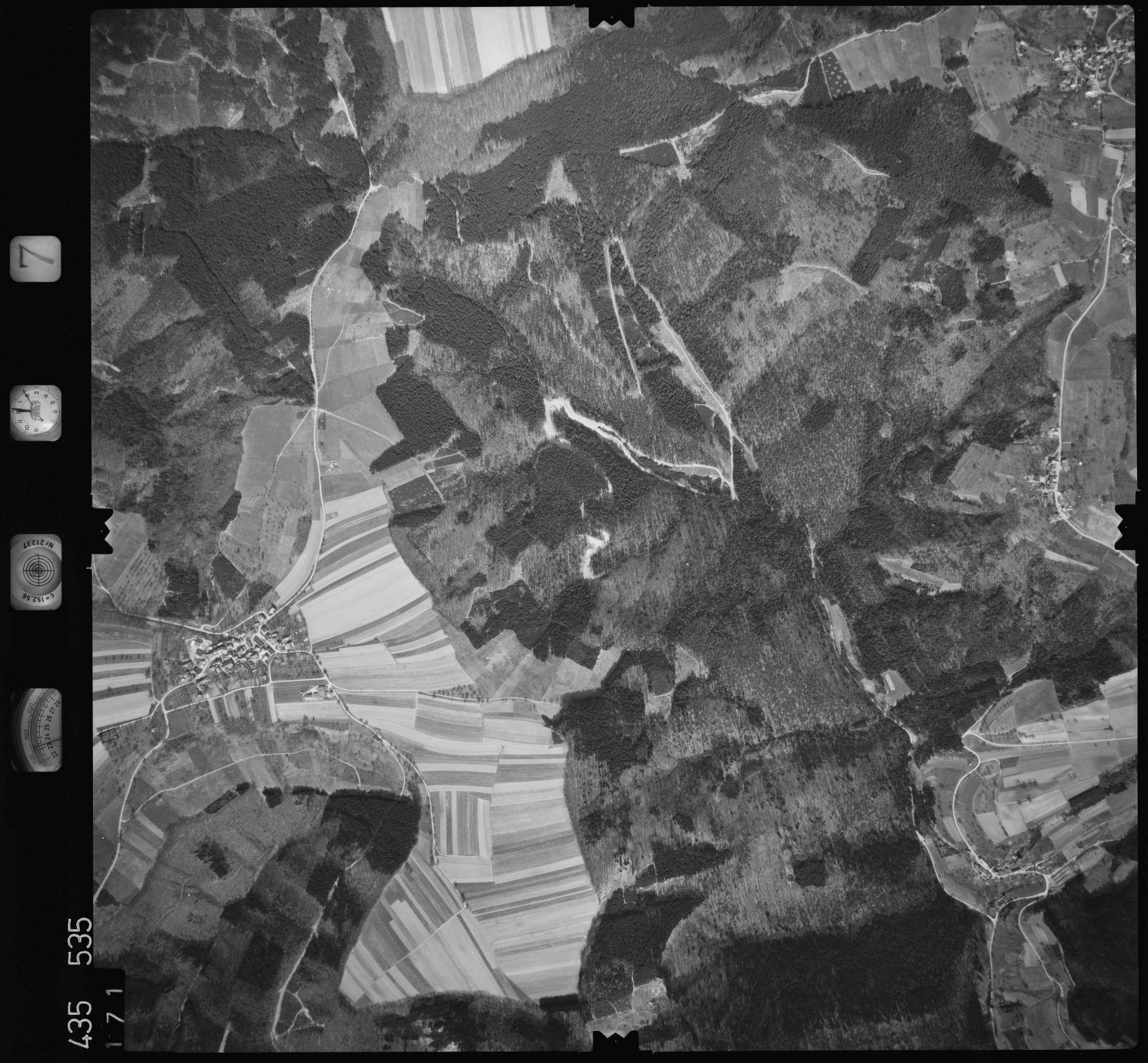 Luftbild: Film 7 Bildnr. 171, Bild 1