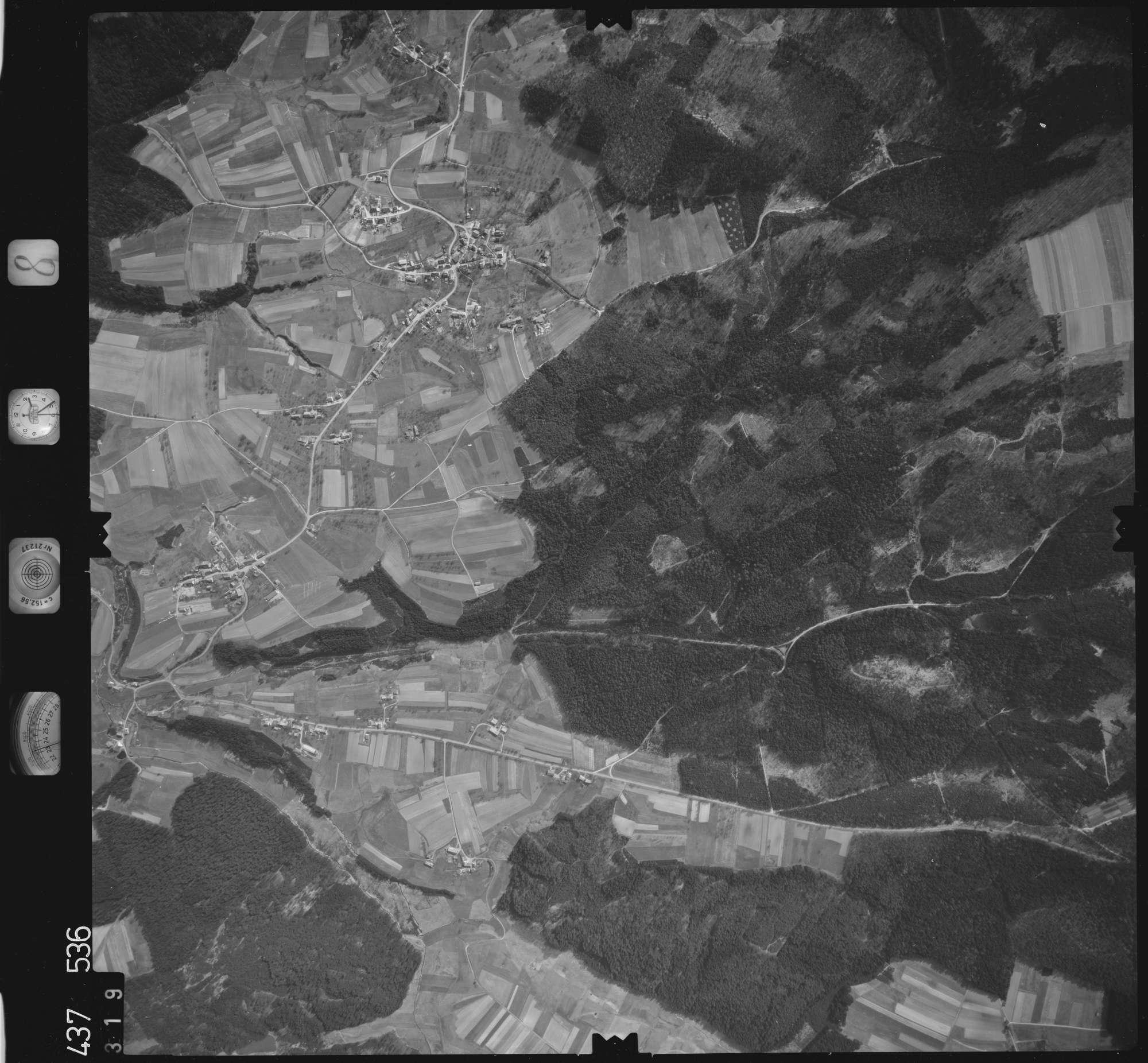 Luftbild: Film 8 Bildnr. 319, Bild 1